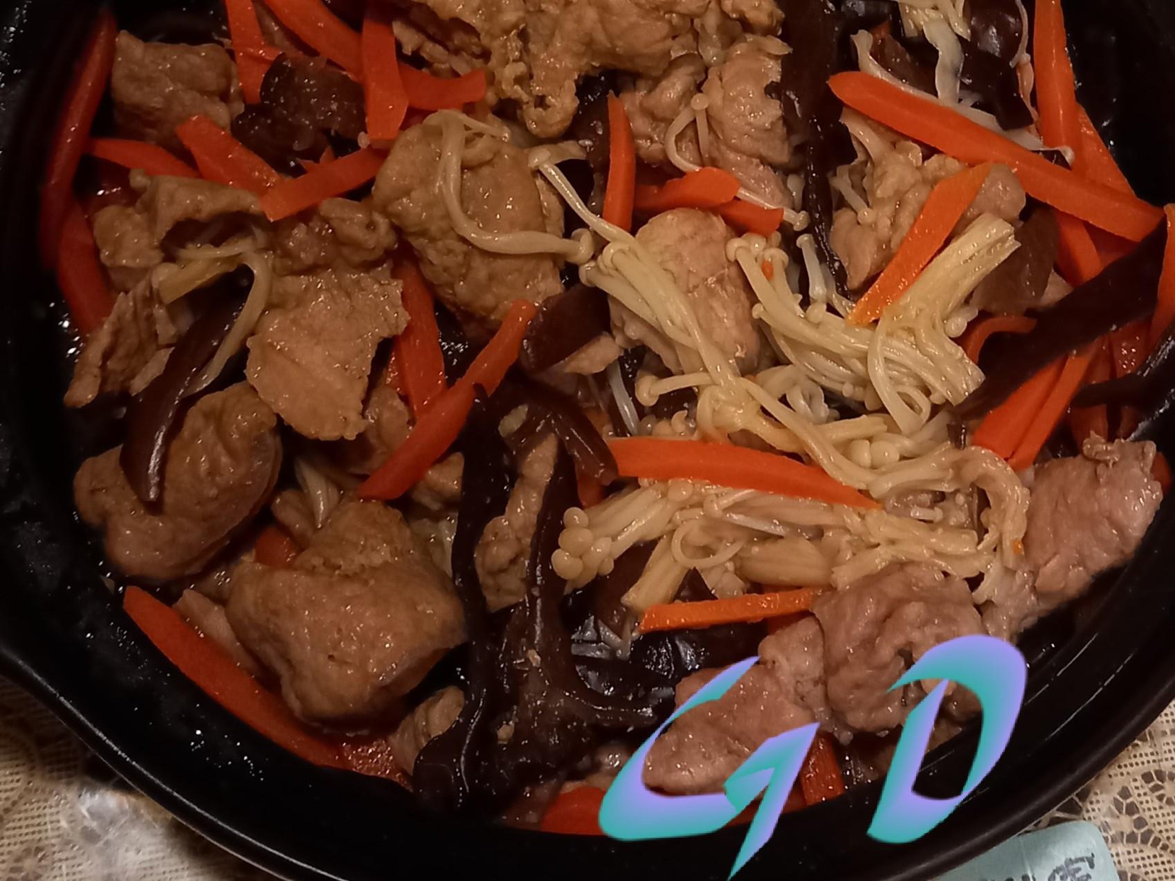 微波版木耳金菇炒肉片