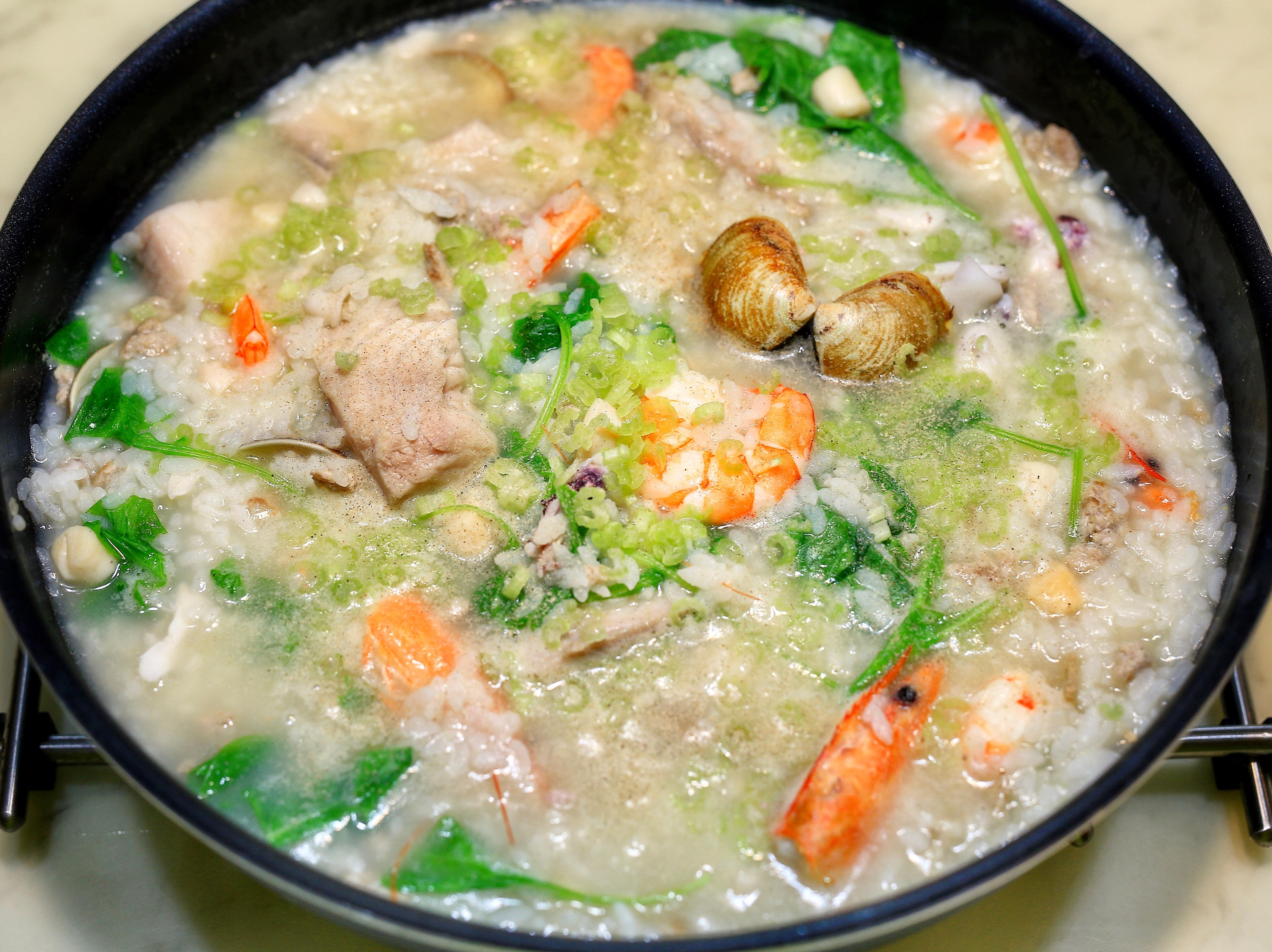 料多味鮮的超澎湃海鮮粥