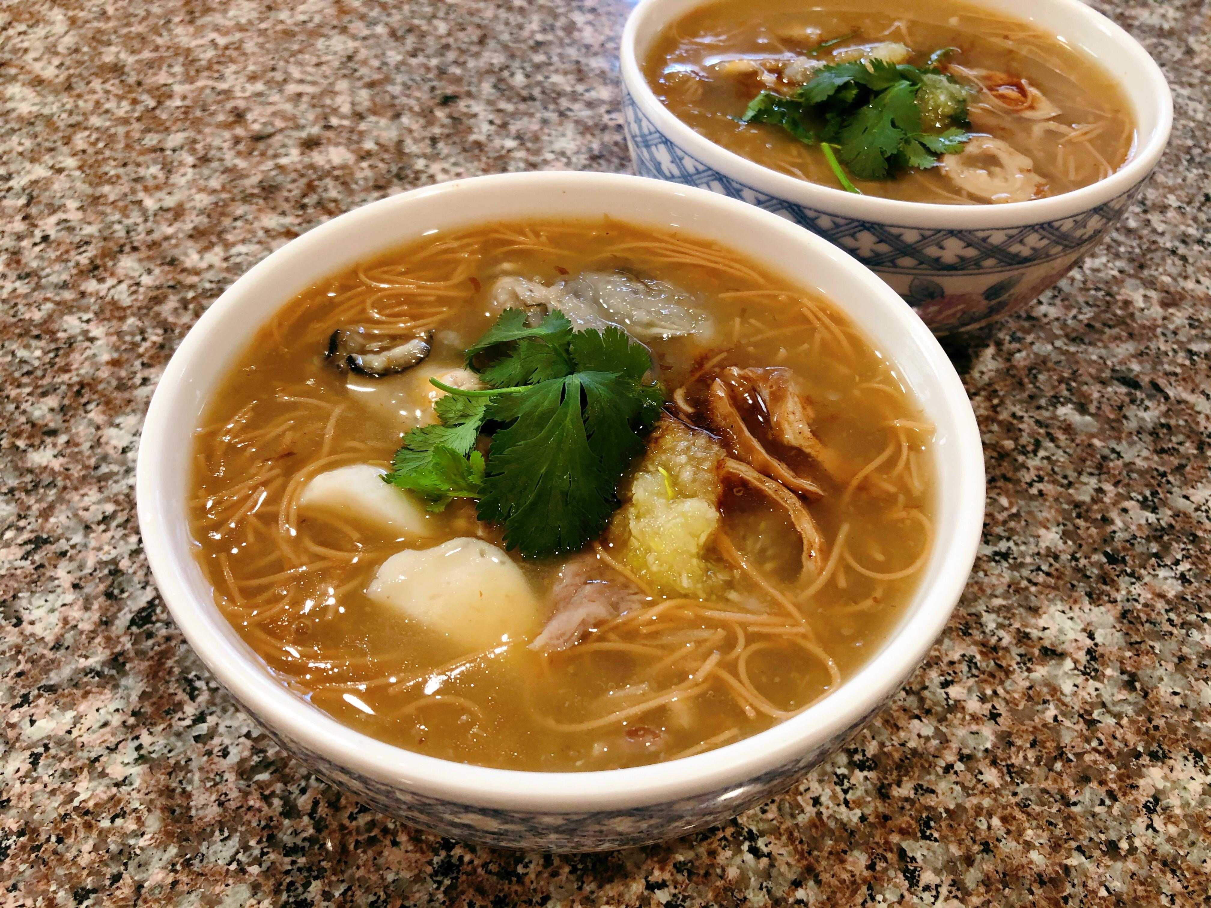 大腸蚵仔麵線|台灣排隊小吃|簡單家鄉味