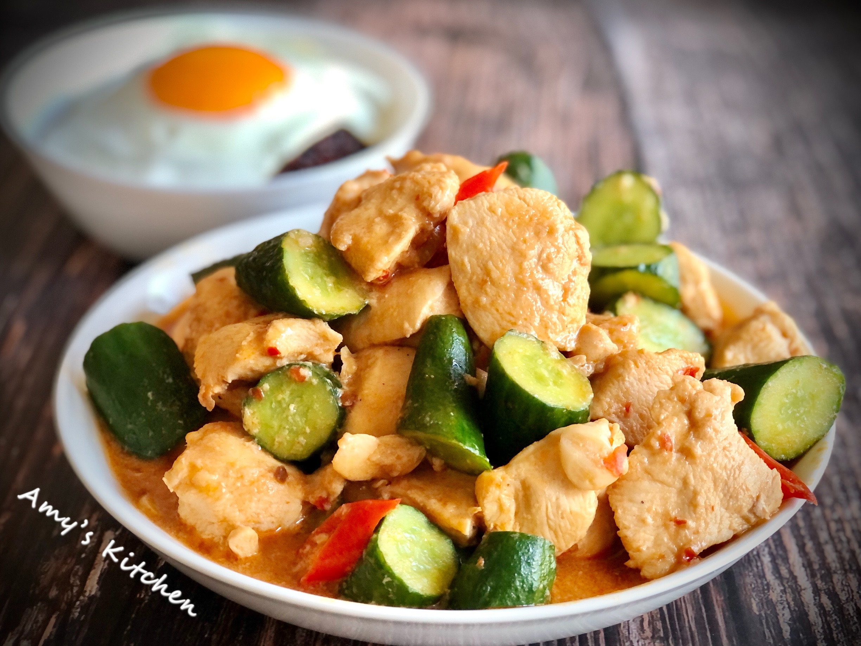 小黃瓜辣炒雞丁 (雞胸肉)
