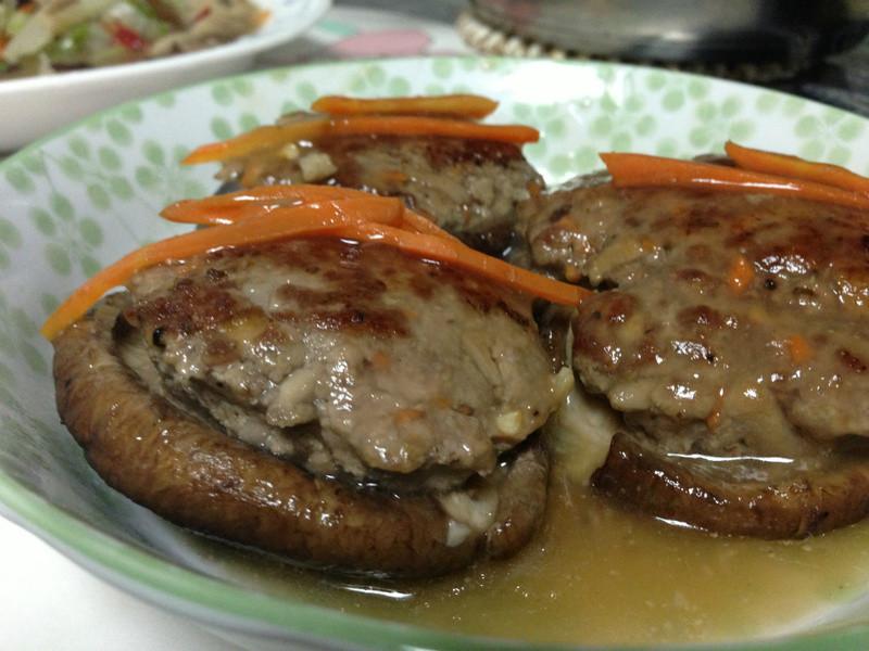 牛絞肉鑲菇