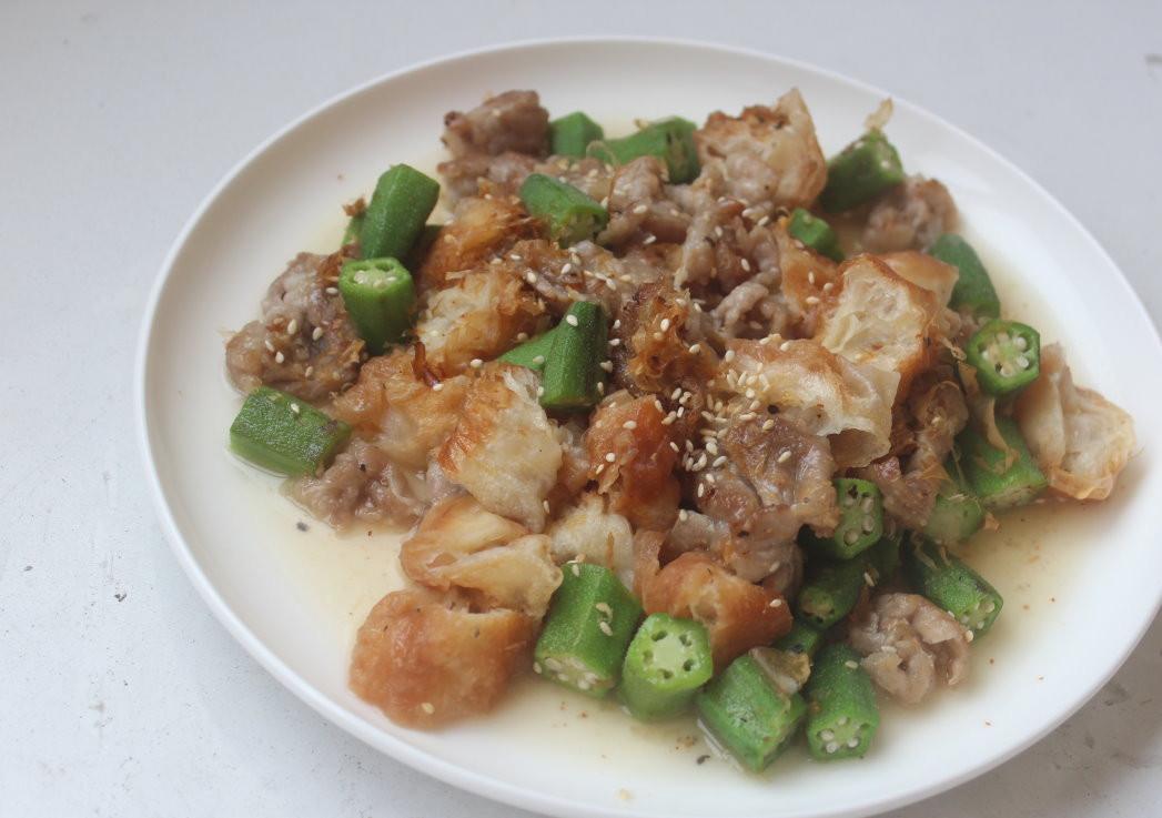 豬肉油條拌秋葵