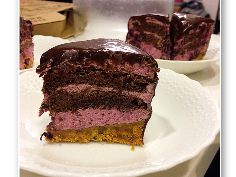 巧克力桑葚慕斯蛋糕