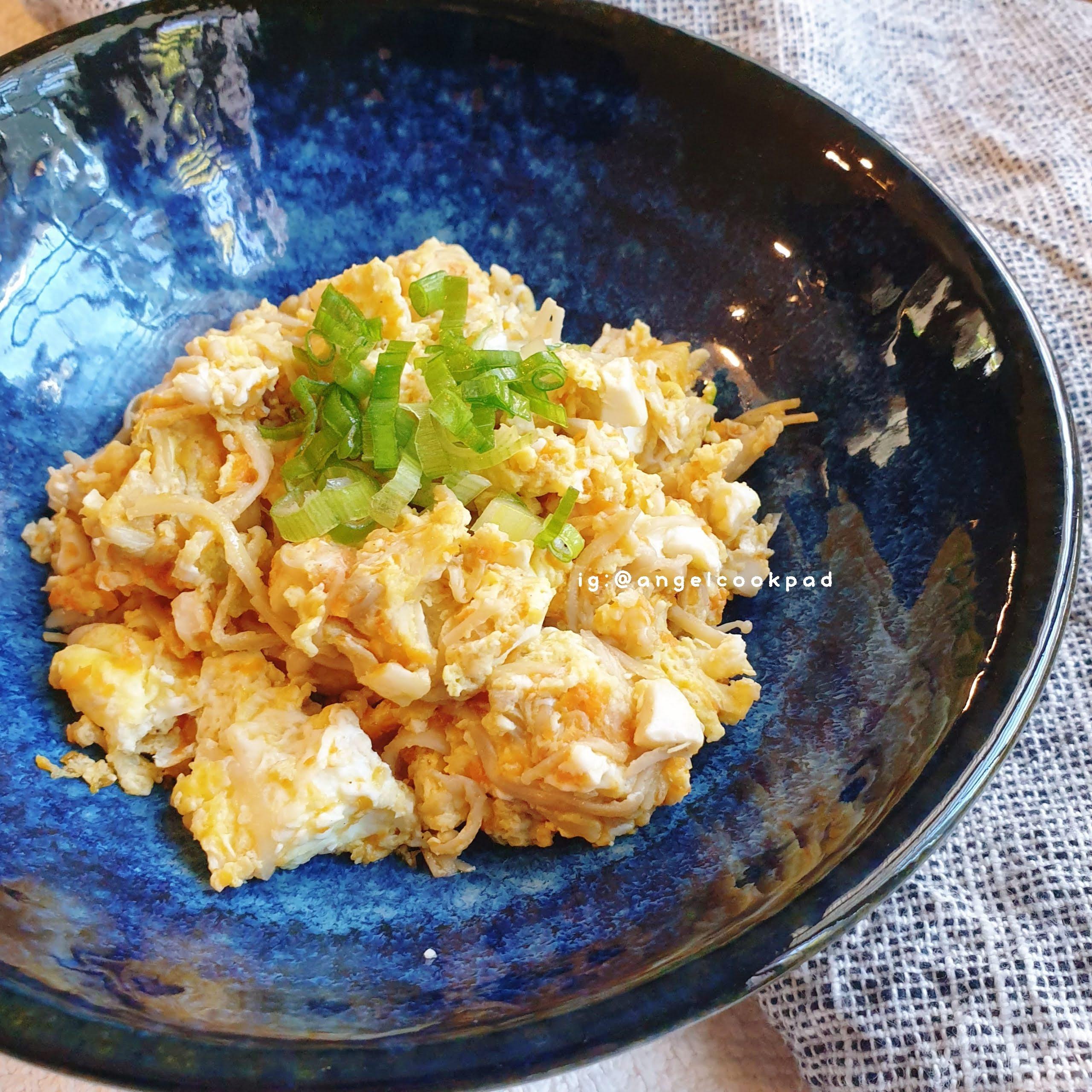 🍳清粥小菜不單調 - 鹹蛋金針菇炒蛋