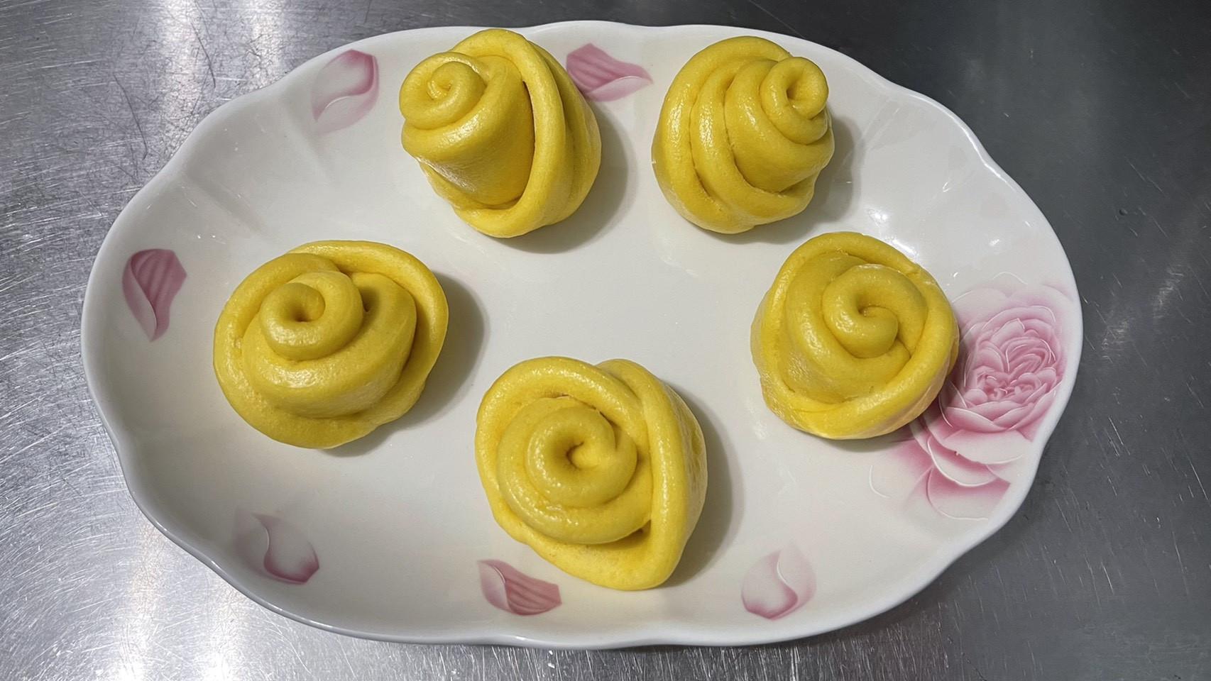 南瓜饅頭、玫瑰花饅頭「蓬鬆柔軟有彈性」
