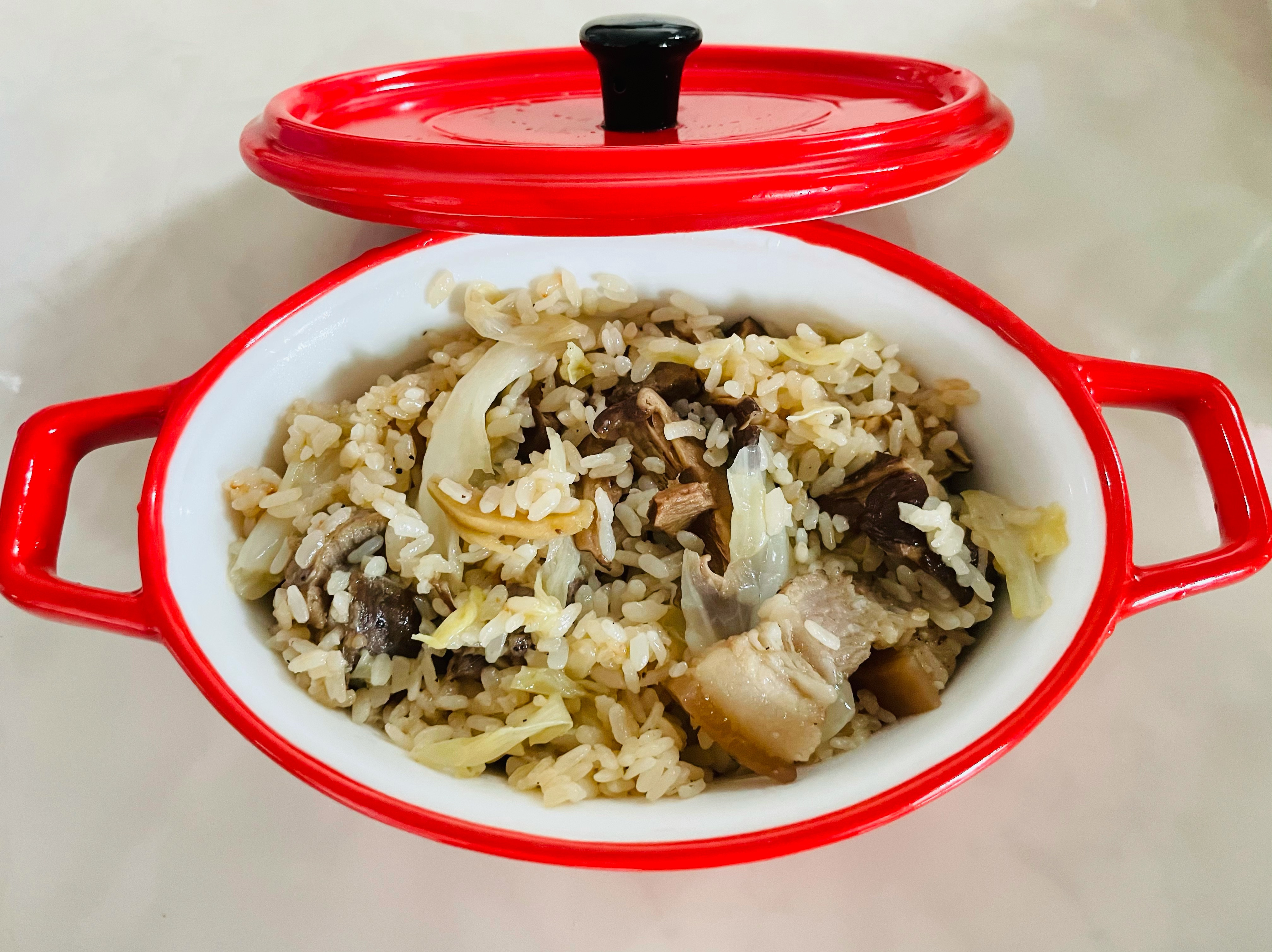 高麗菜麻油「鹹豬肉」煲飯