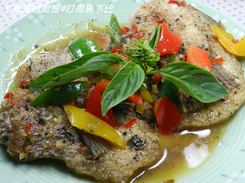ㄚ曼達的廚房~泰泰風打拋醬~打拋魚下巴