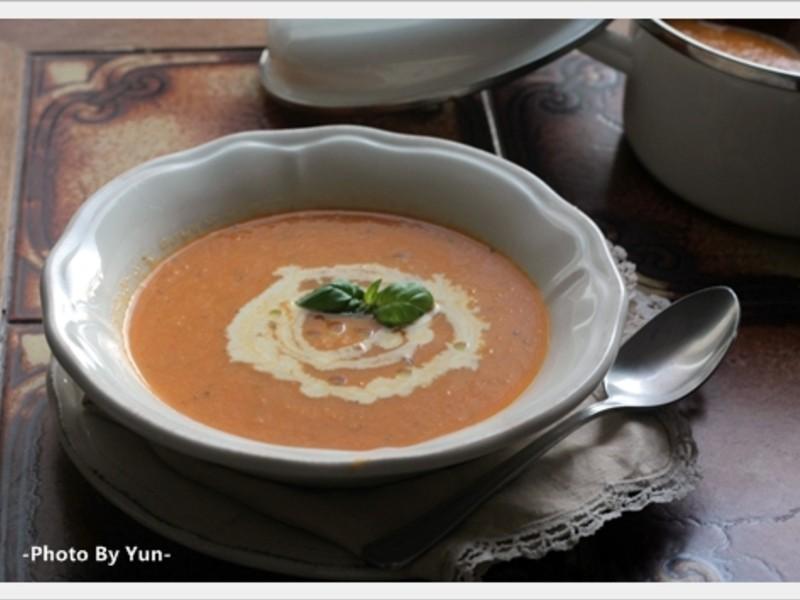 [Yun。在廚房]紅番茄濃湯