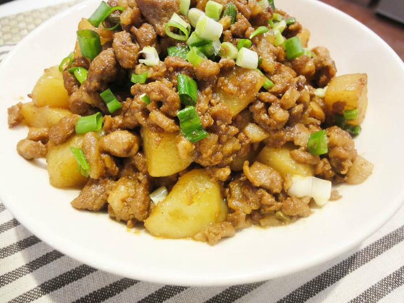 有心食譜: 肉末燉馬鈴薯