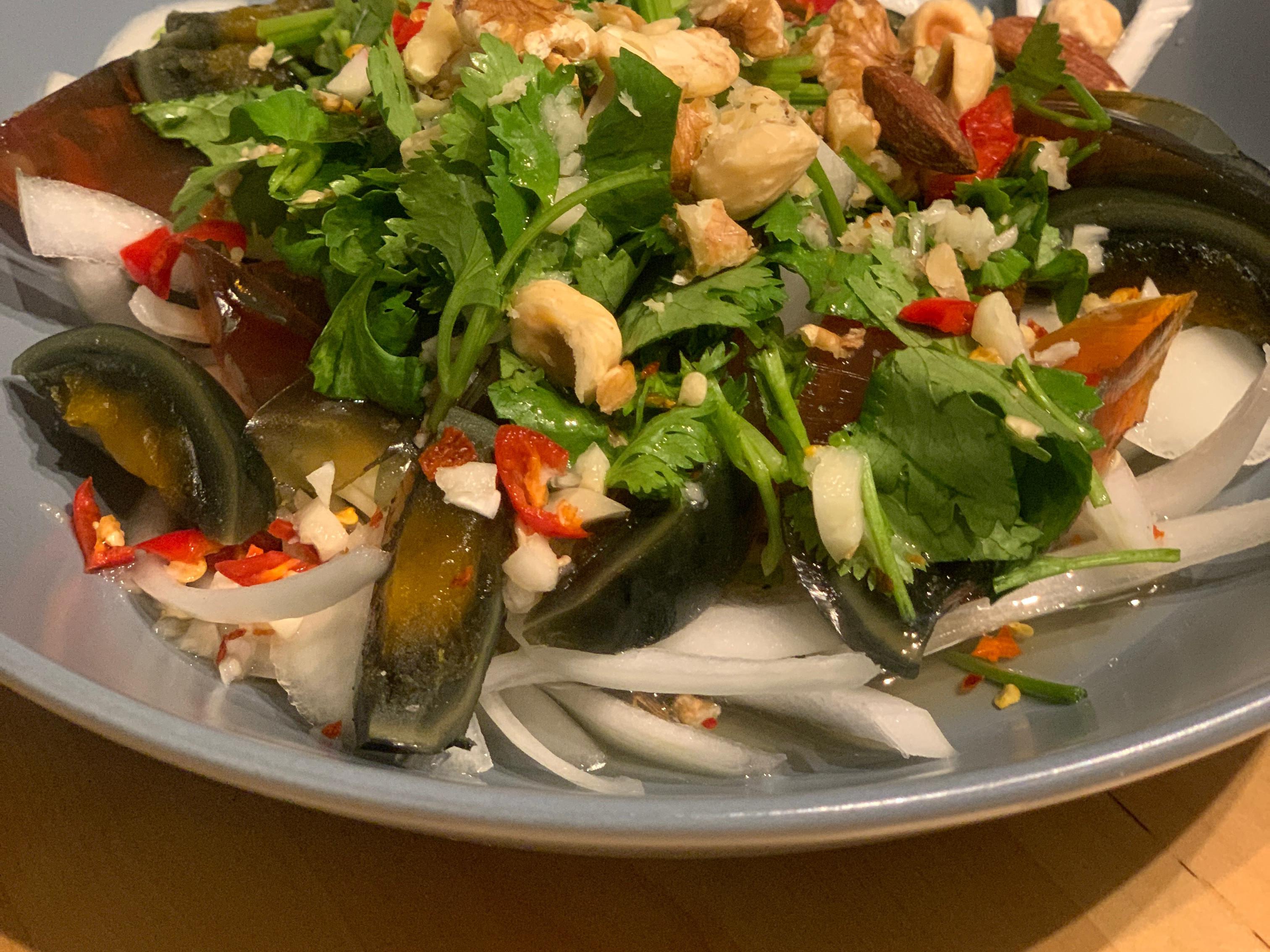 泰式皮蛋沙拉