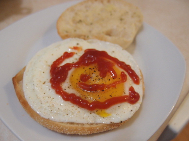 【Take a bread!創意三明治、麵包早餐】~懶人料理之三分鐘搞定瑪芬三明治