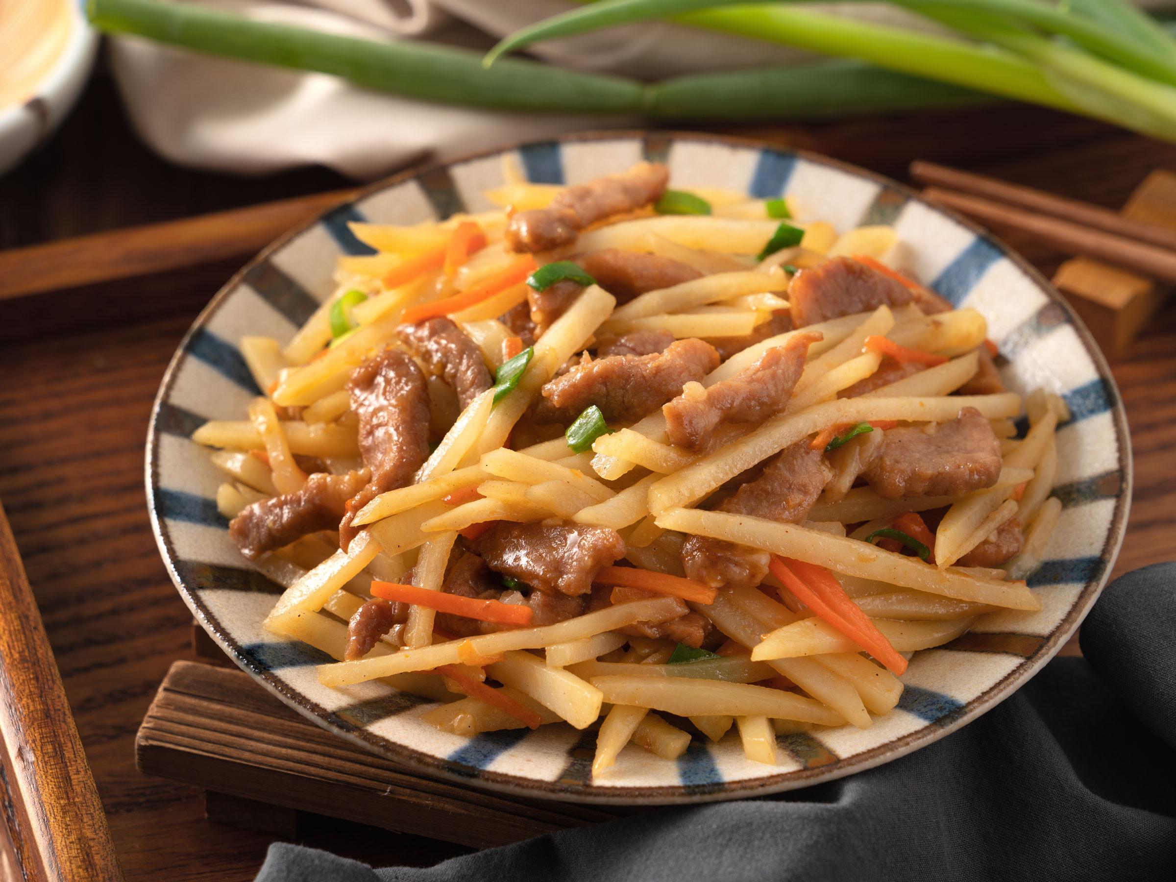 馬鈴薯炒肉絲 【李錦記舊庄特級蠔油】