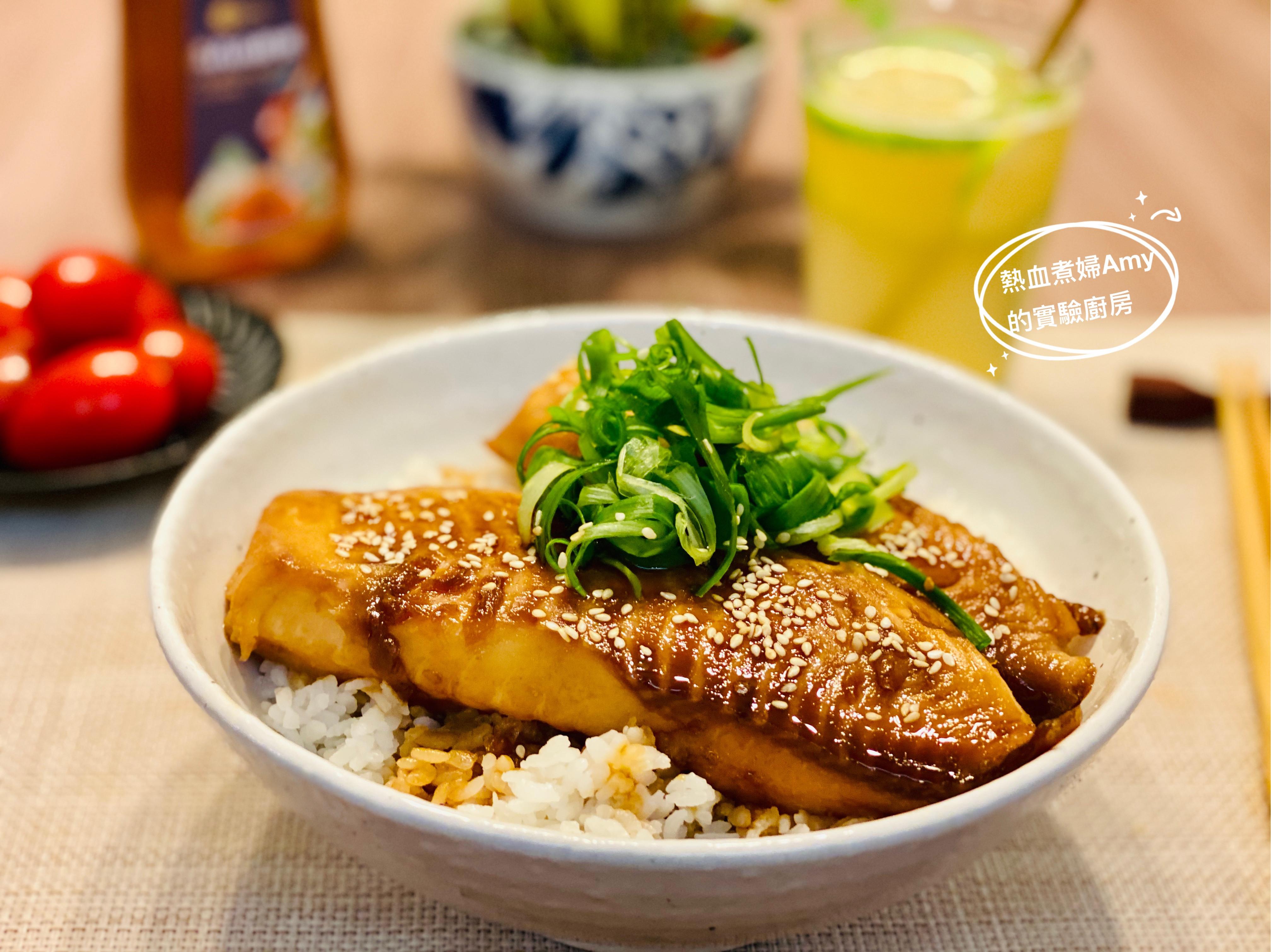 媲美店家級的蒲燒鯛魚蓋飯