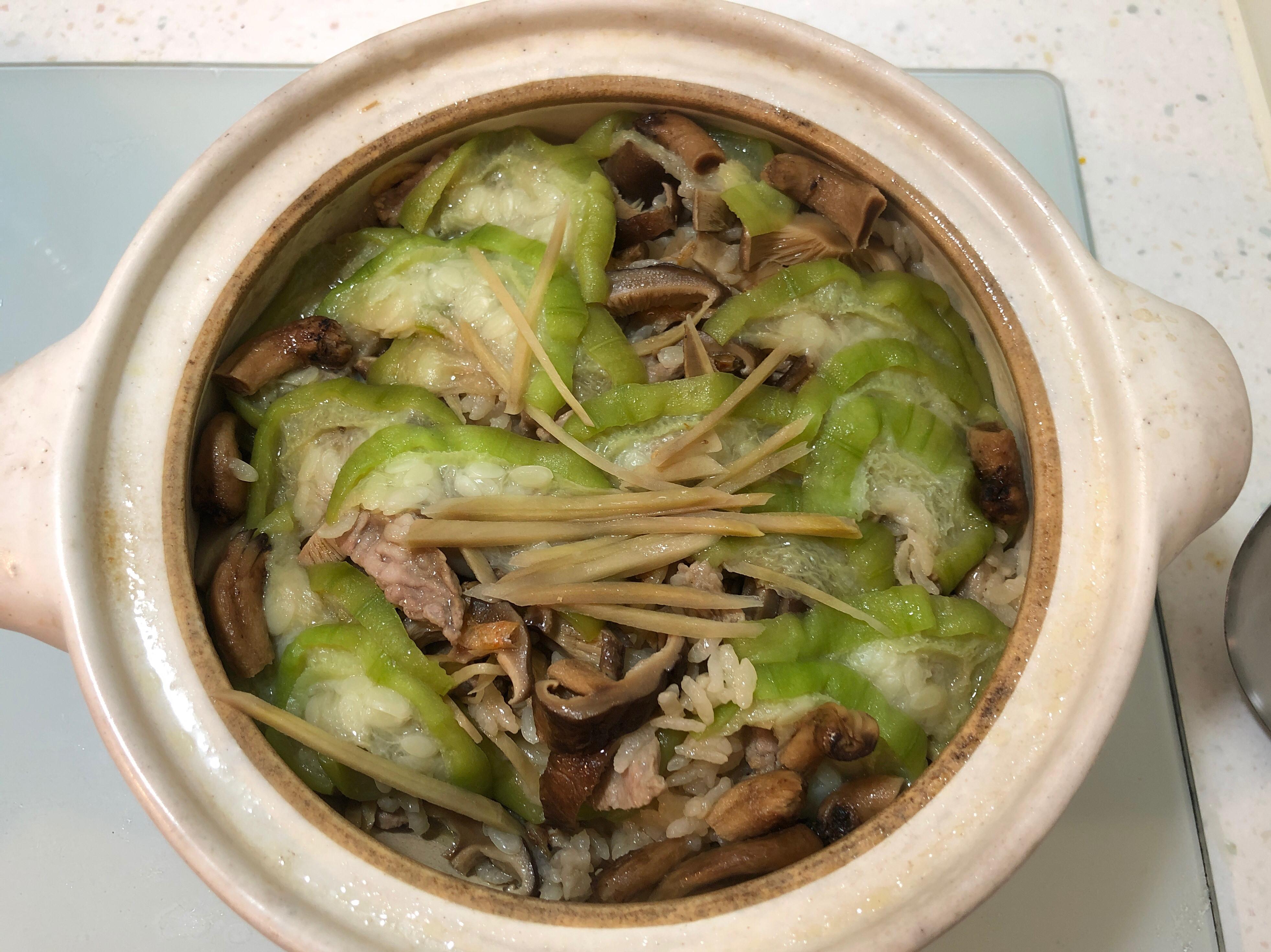 夏日清爽絲瓜土鍋炊飯