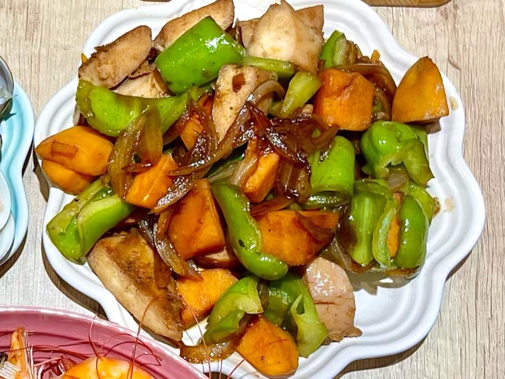 地瓜青椒拌炒雞胸肉