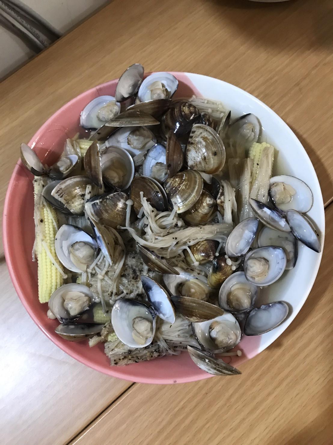 金針菇玉米筍蒸蛤蜊