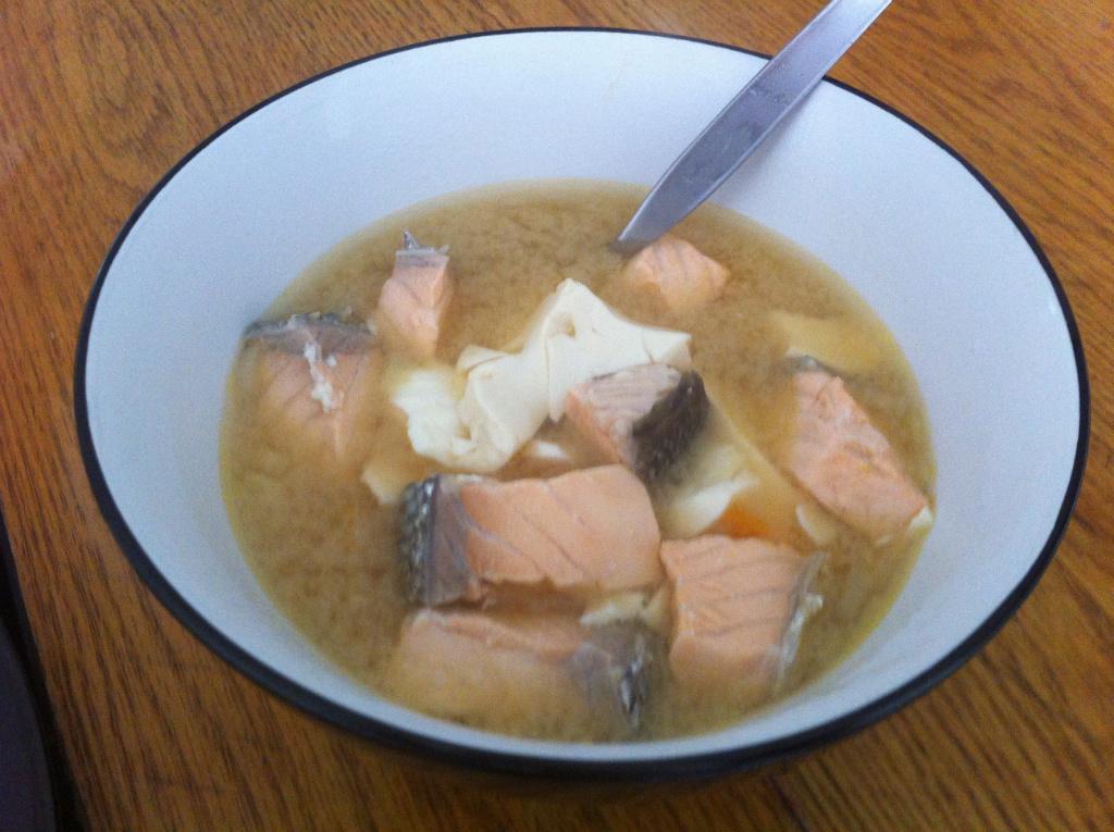 味噌鮭魚湯
