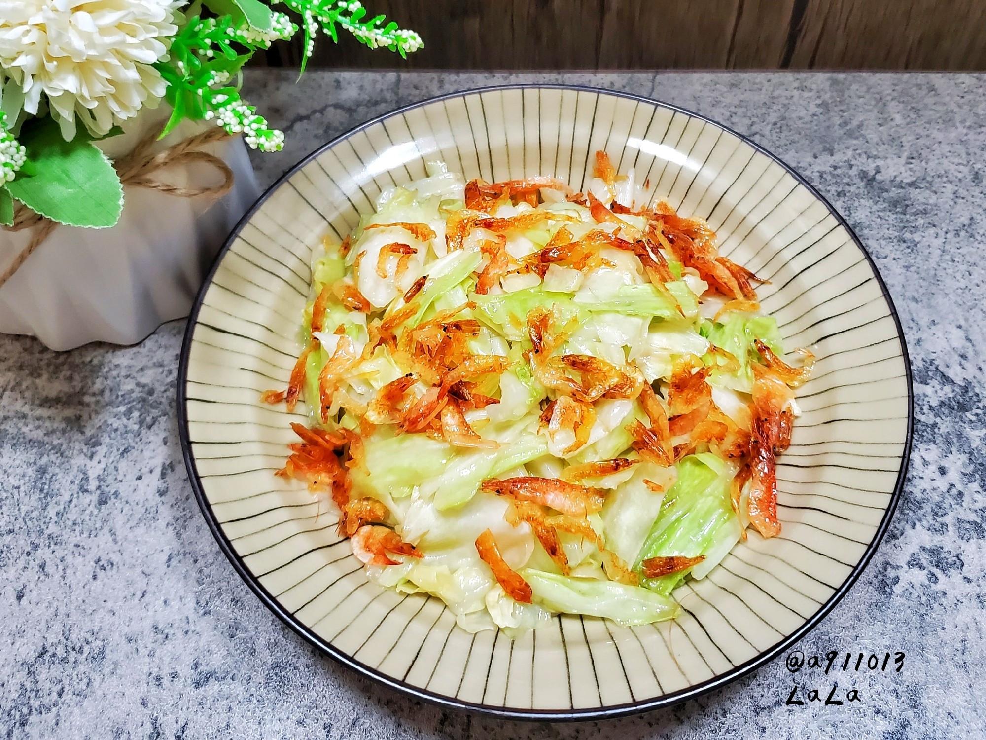 櫻花蝦炒高麗菜(炒出脆口高麗菜的小撇步)