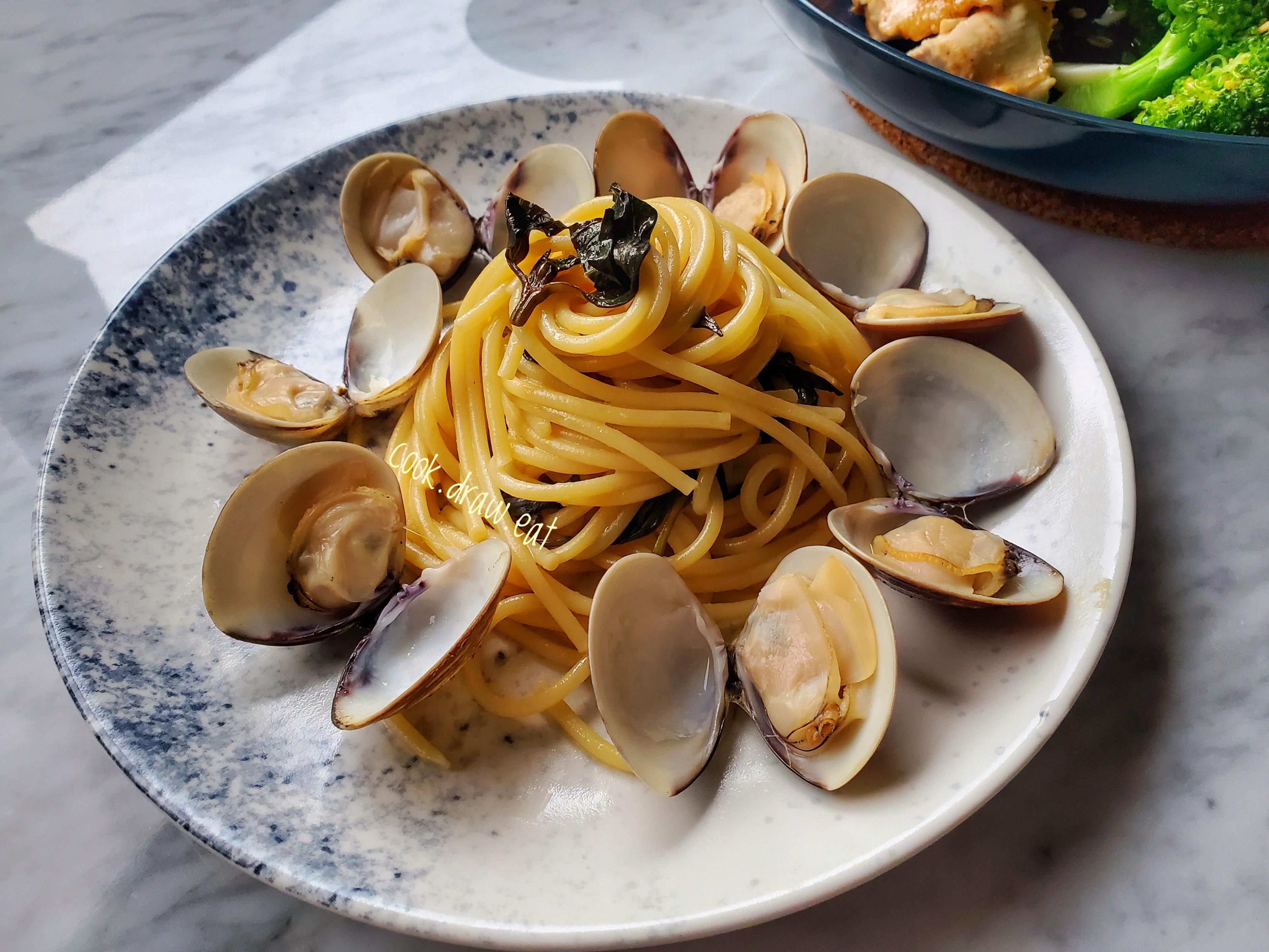 蒜香蛤蜊義大利麵 15分鐘上菜