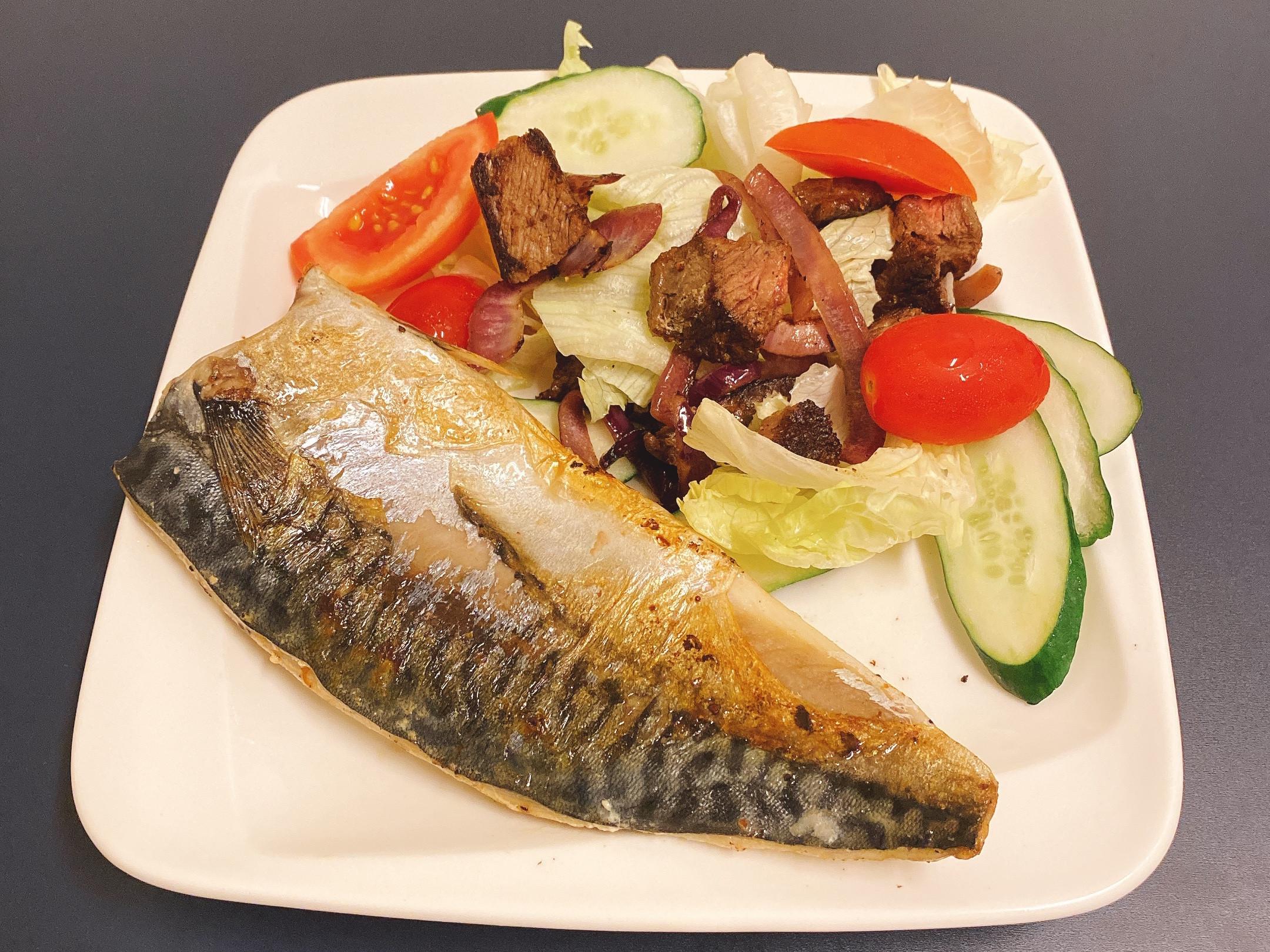 生酮飲食 嫩煎鯖魚佐牛肉沙拉