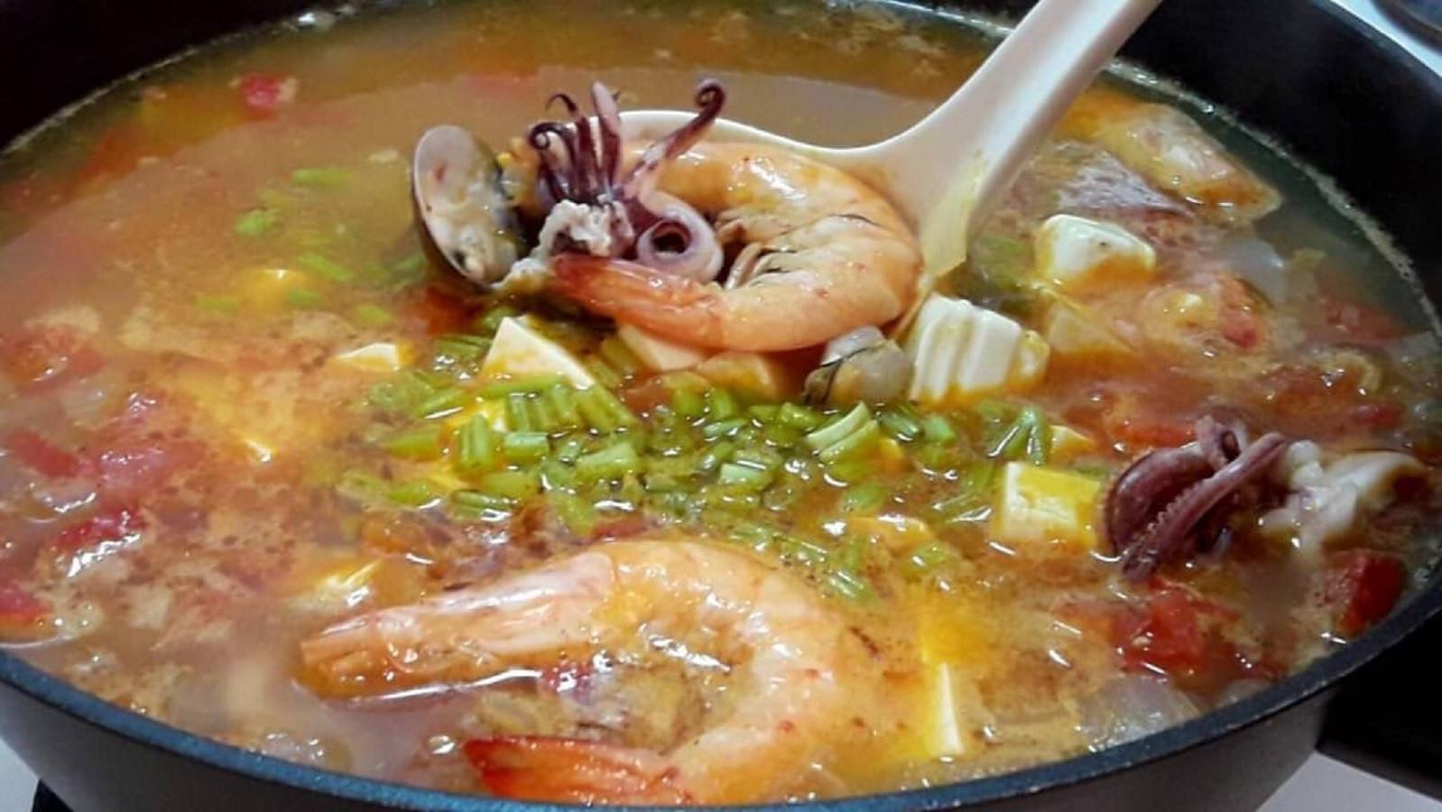 番茄海鮮豆腐鍋