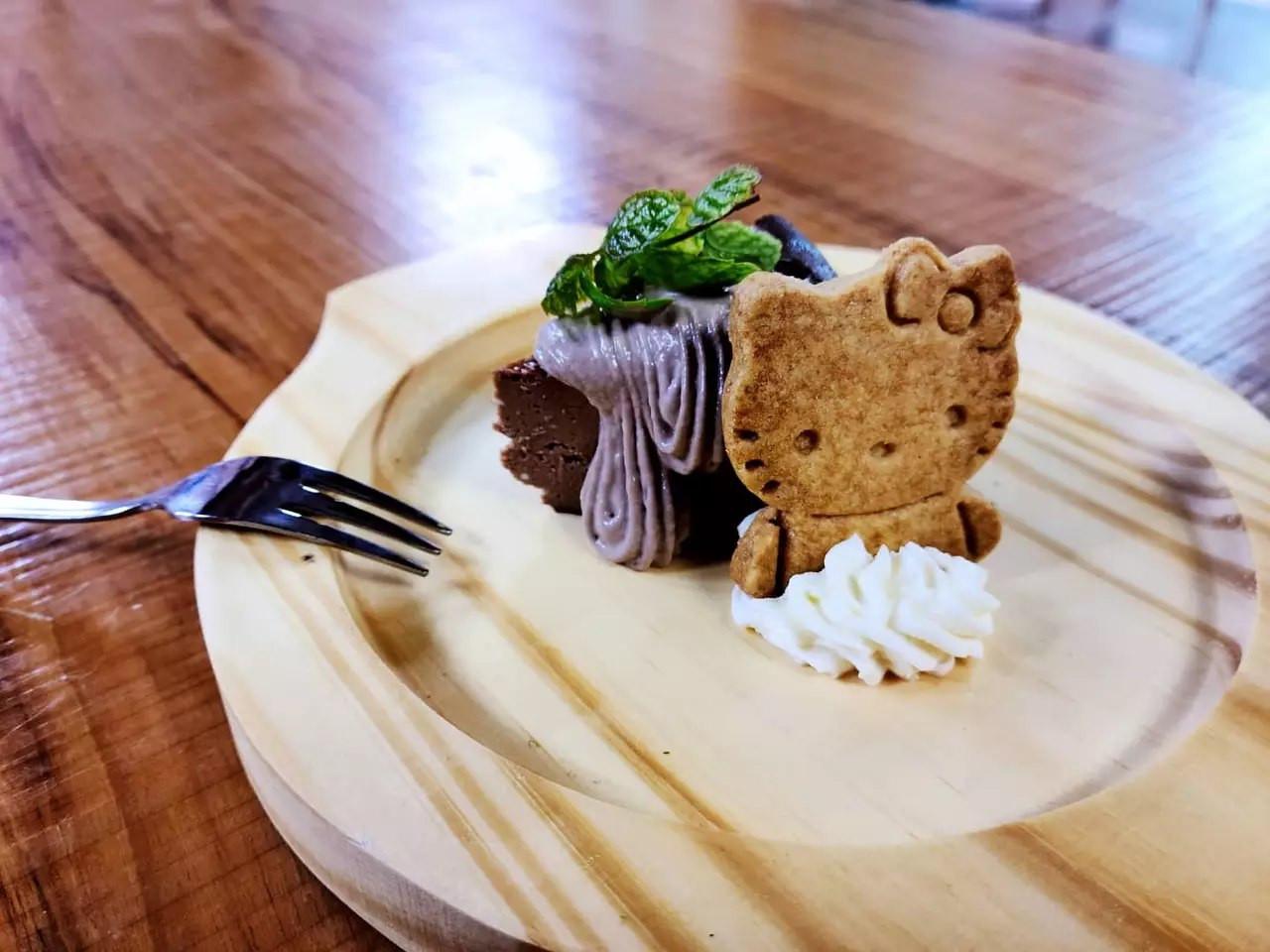 巧克力巴斯克乳酪蛋糕