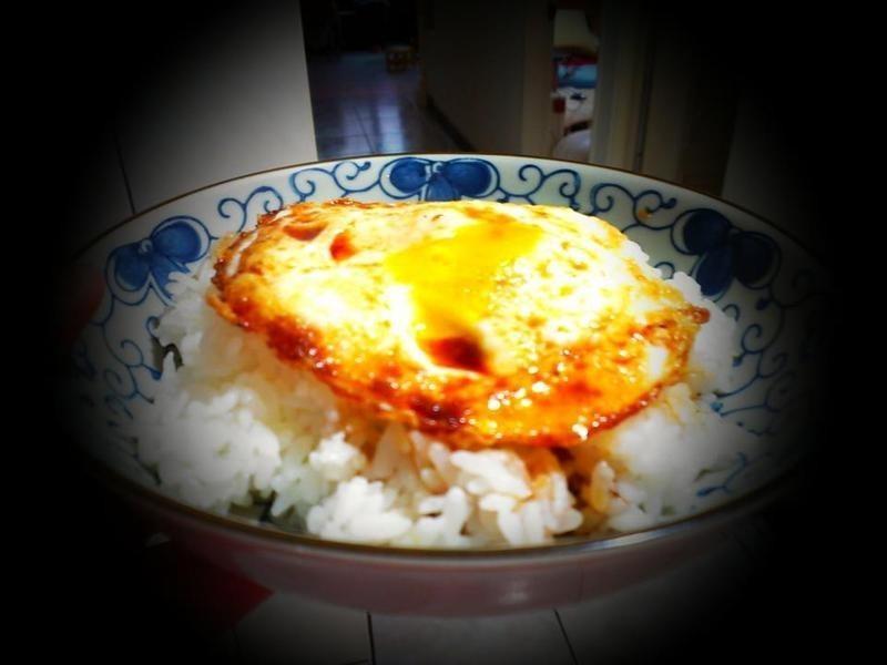 品靚上菜-古早味之醬油荷包蛋飯