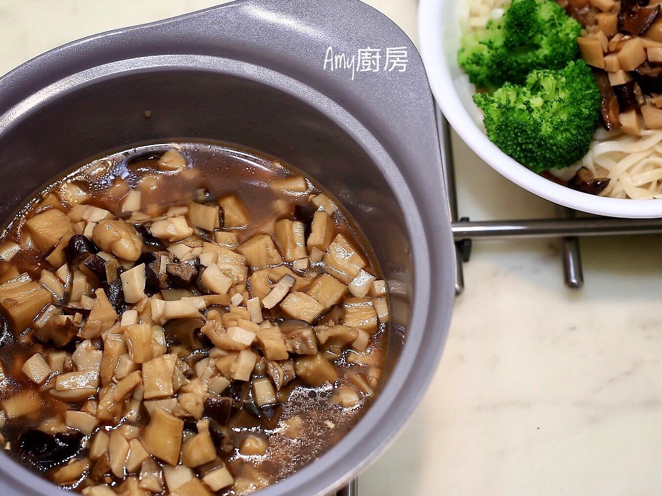 素食香菇肉燥~拌飯麵的最佳良伴