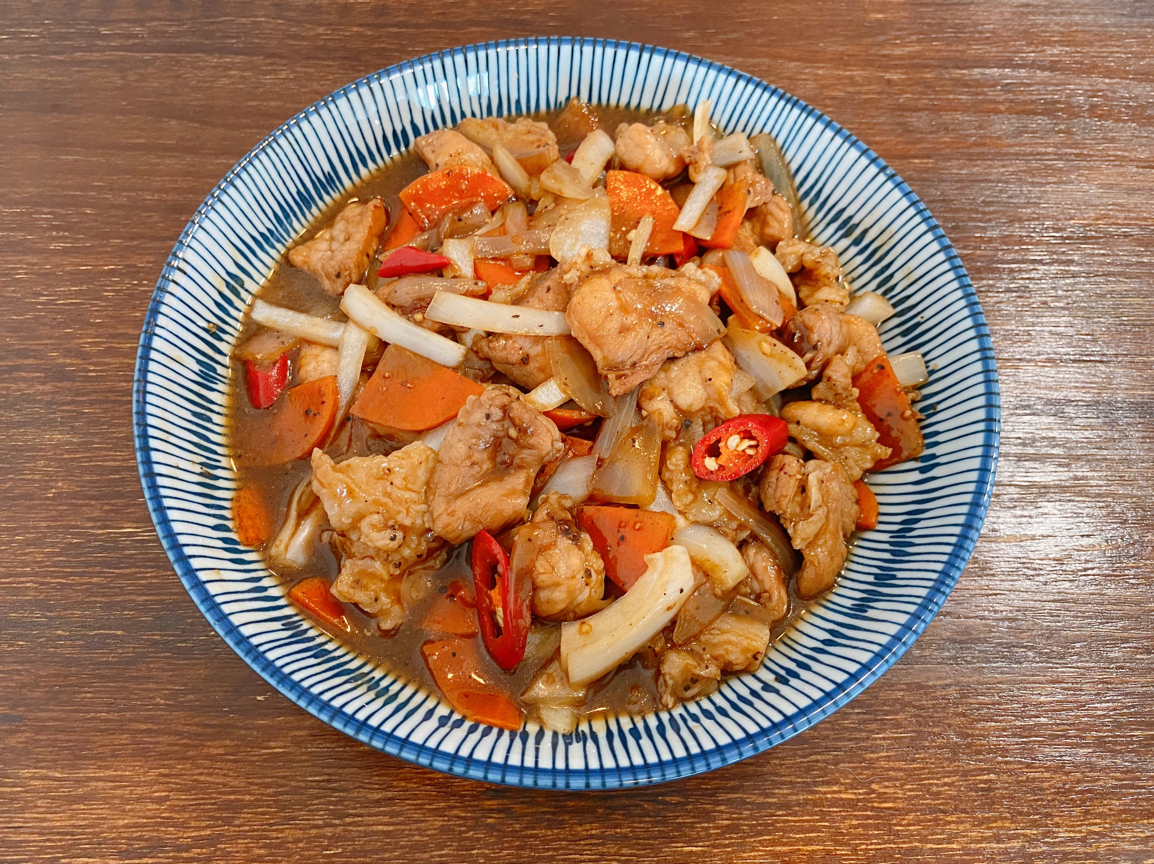 熱炒店的《黑胡椒豬柳》下飯開胃菜