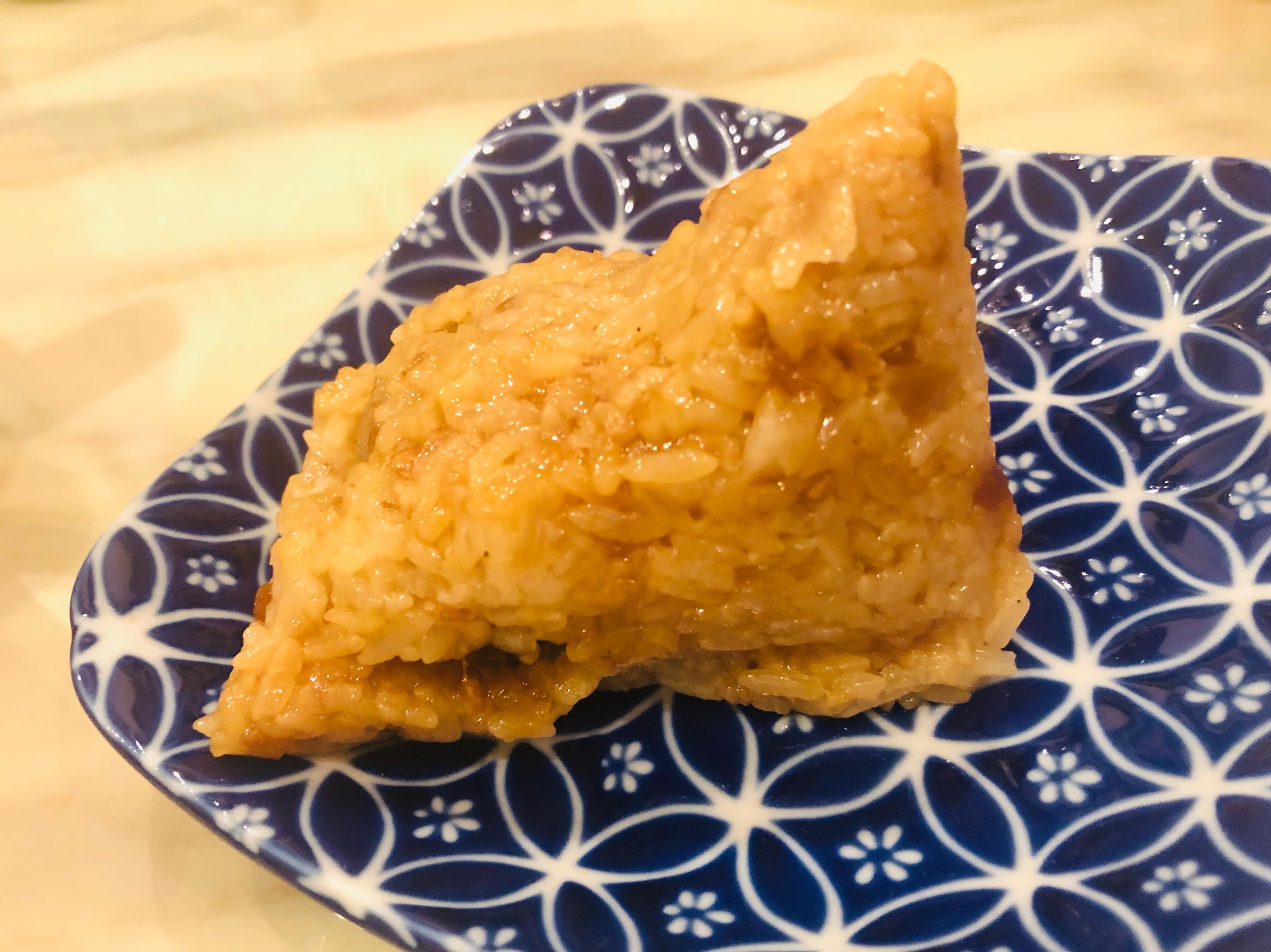 端午節包粽之豬肉鹹蛋黃北部粽