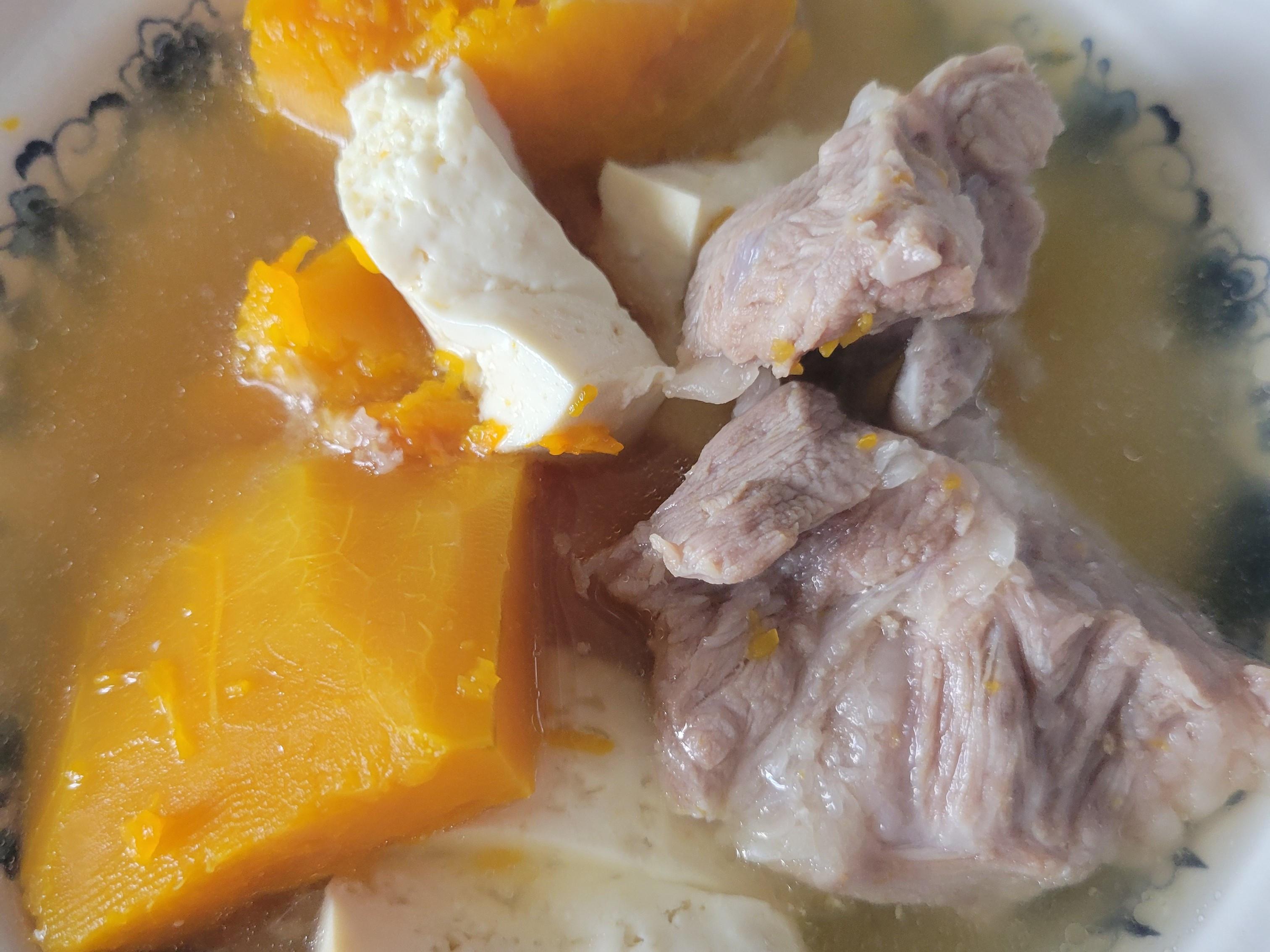 南瓜排骨燉豆腐