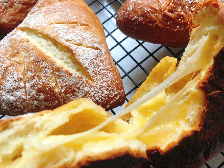 Cheese Bread 牽~絲乳酪麵包