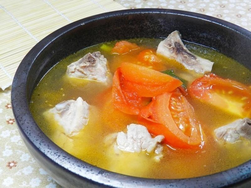 《好菜網》蕃茄排骨湯