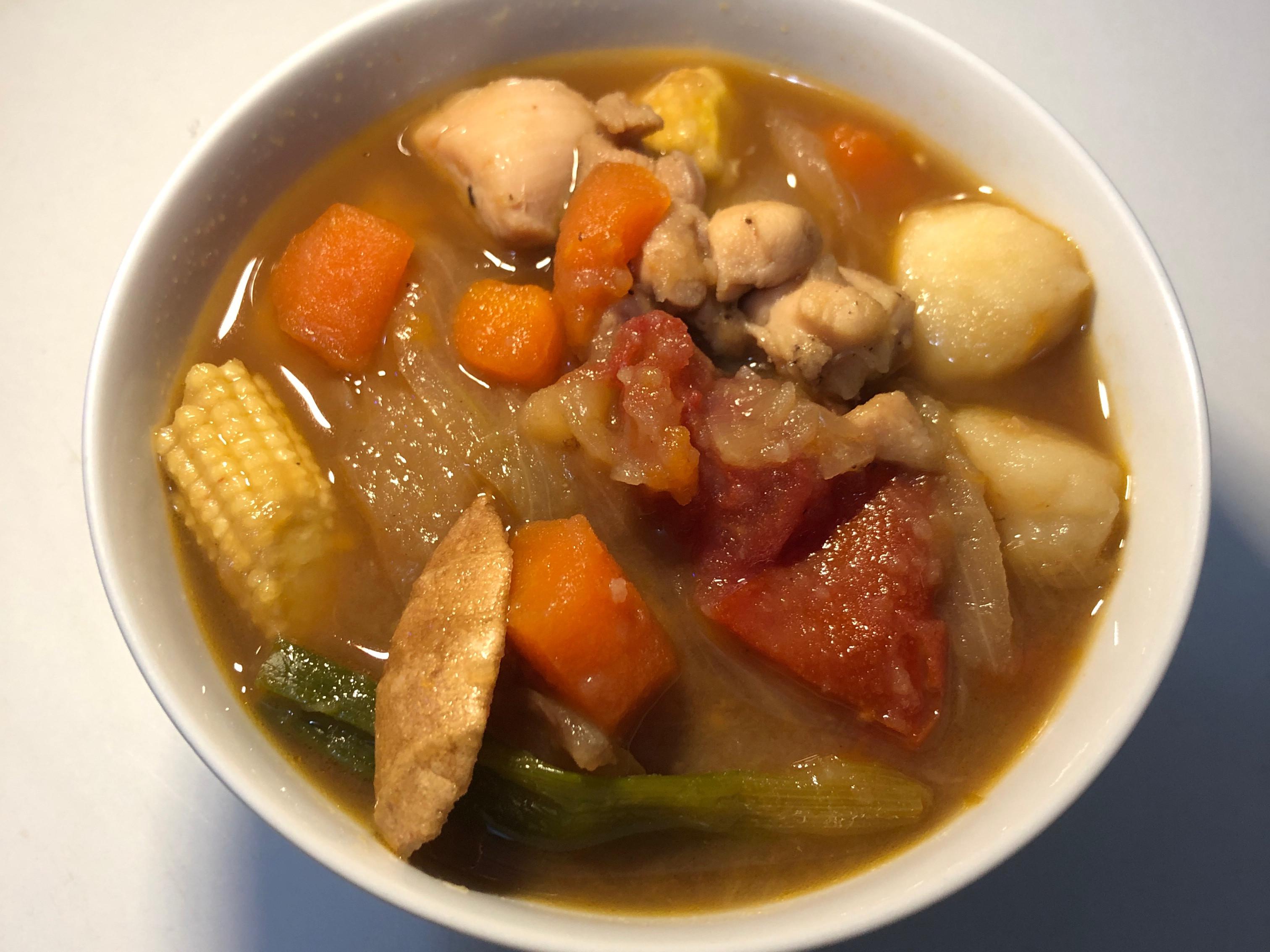 快煮鍋料理〈馬鈴薯番茄洋蔥雞〉