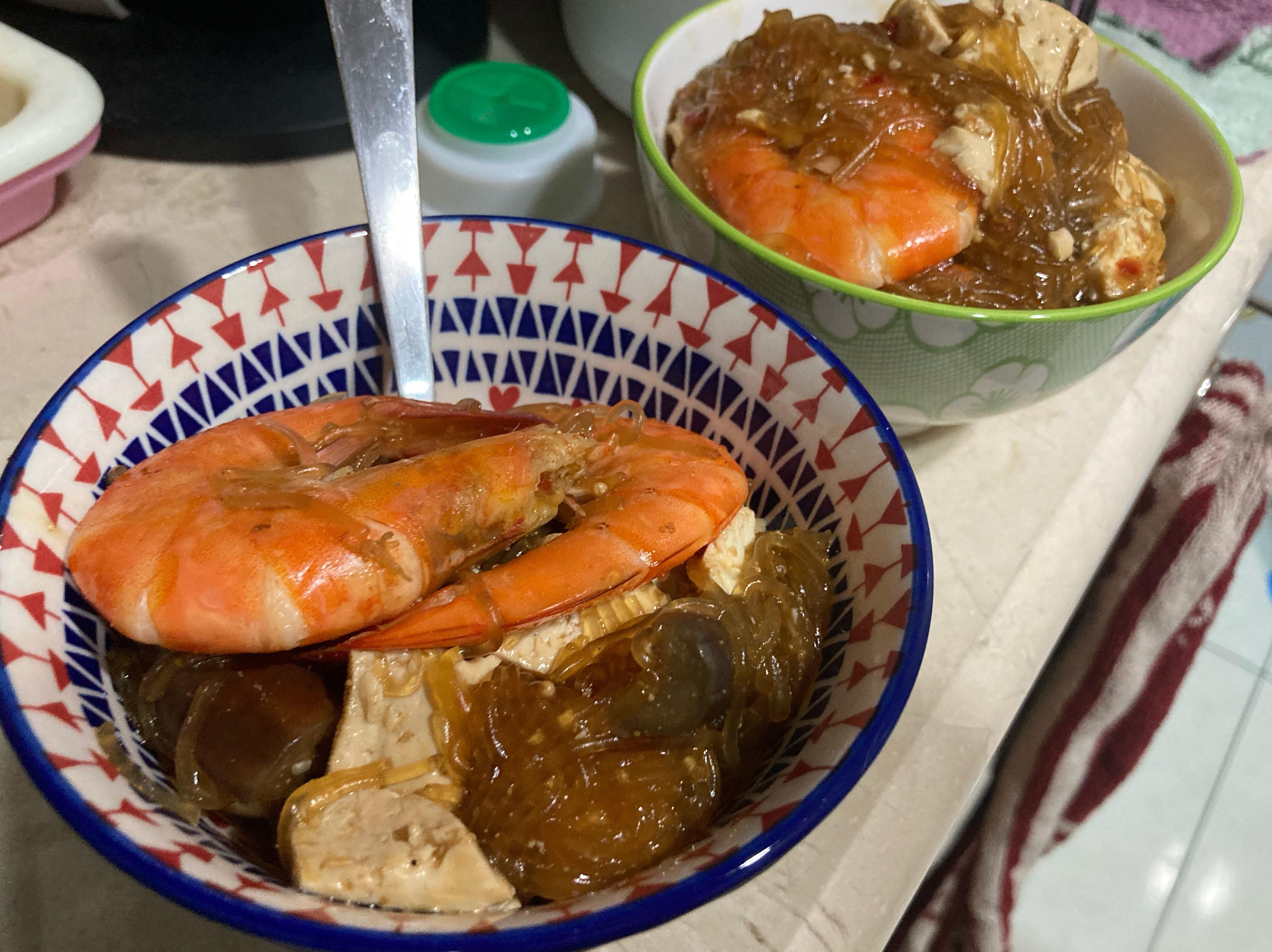 周秉秉のxo鮮蝦粉絲豆腐茄子煲