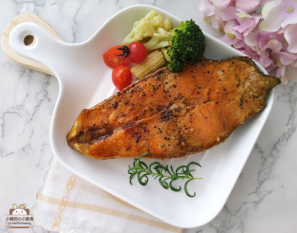 和風咖哩紙包鮭魚〞簡易烤箱低醣料理
