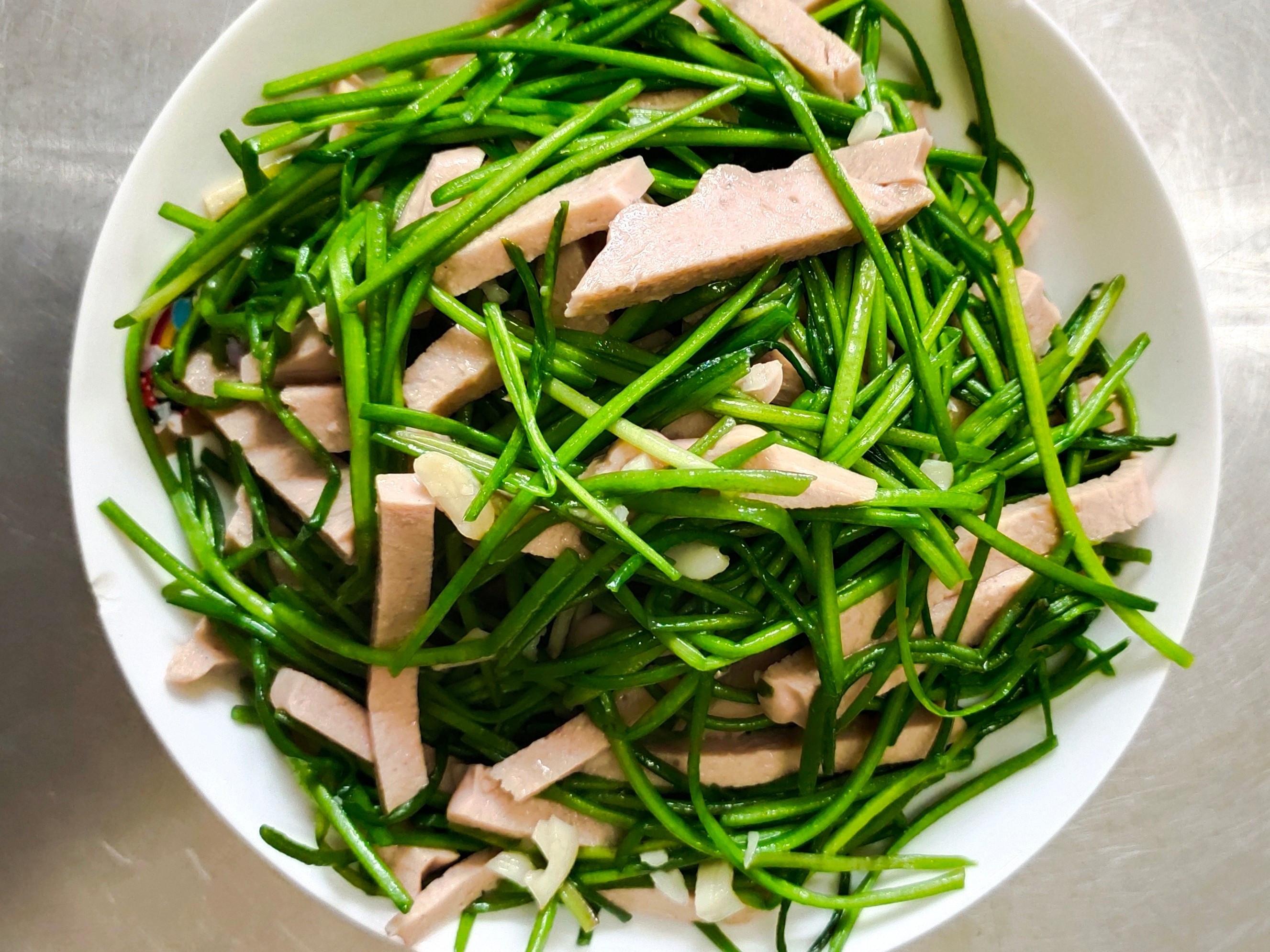 蒜香素火腿炒水蓮