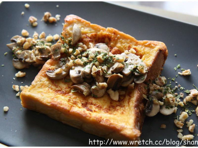 蒜香蘑菇 法式土司