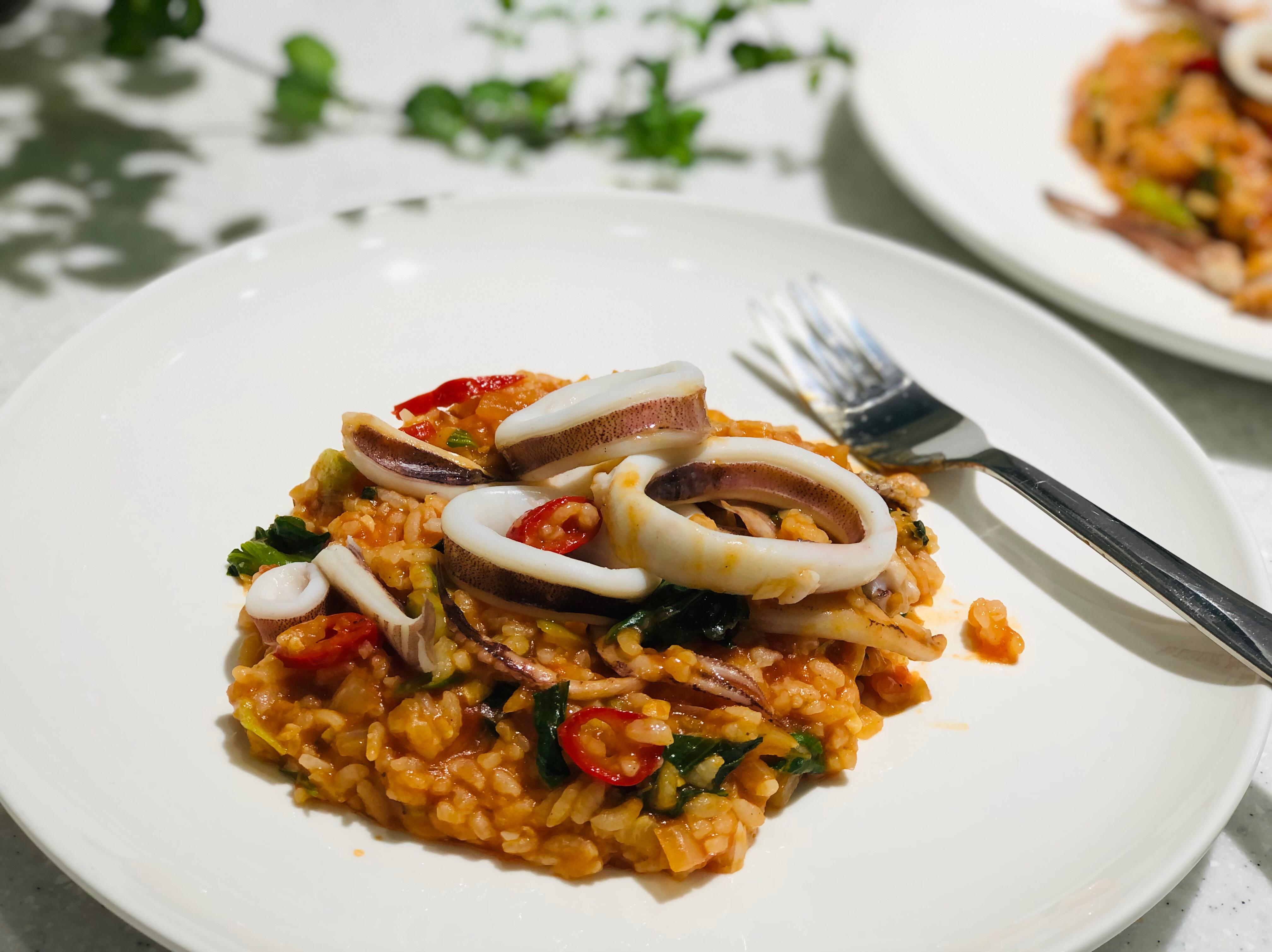 辣味蕃茄魷魚圈燉飯/平底鍋
