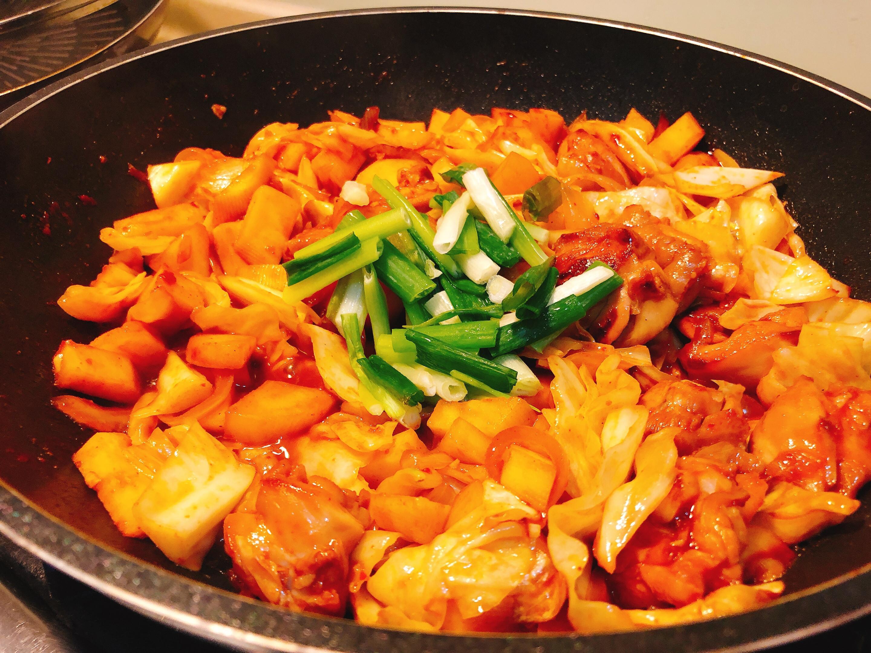 給新手超簡單「韓式春川辣炒雞」✨