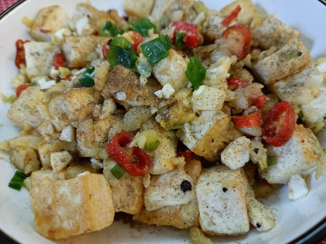蒜香椒鹽金沙板豆腐