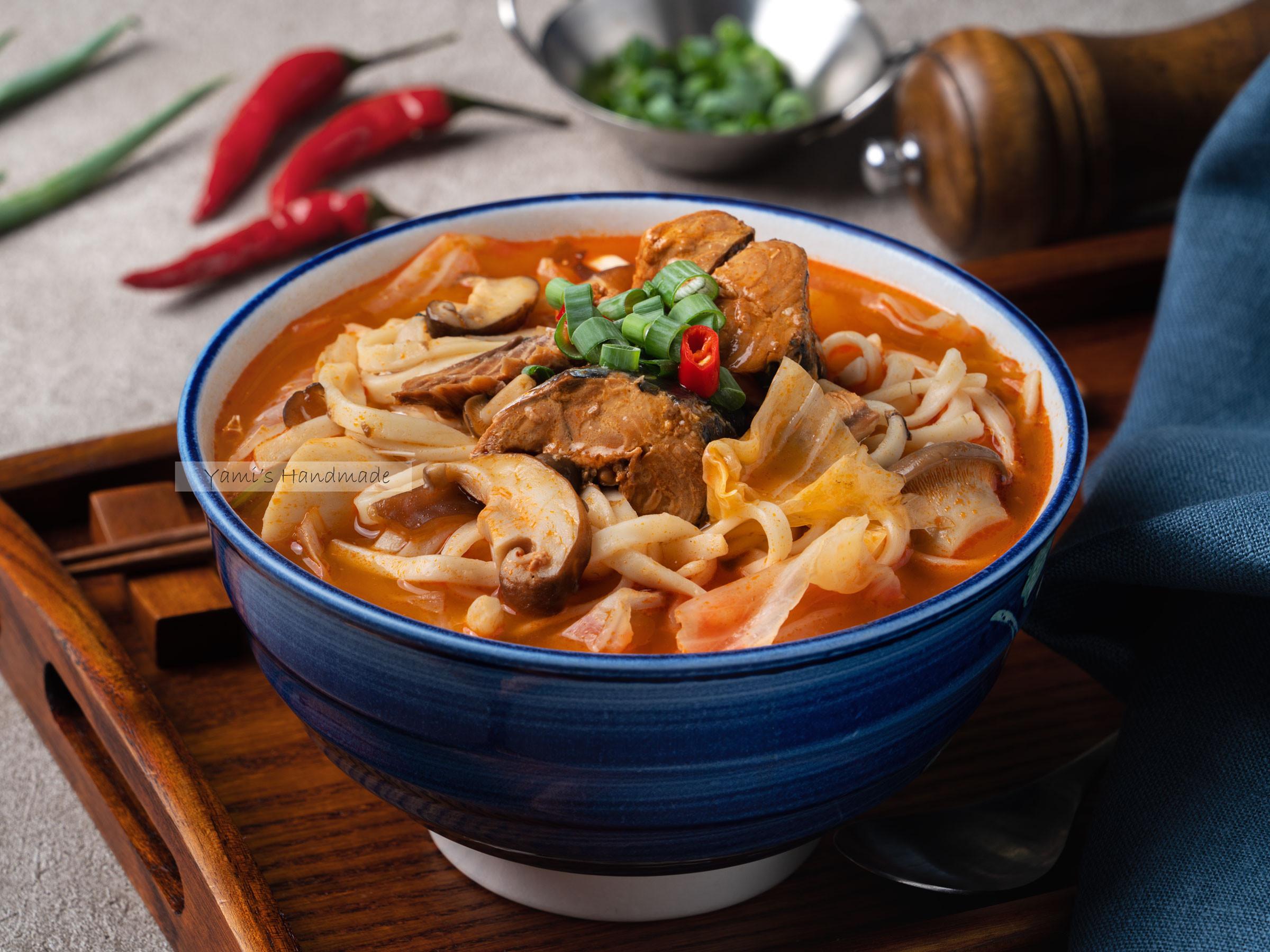 番茄鯖魚蔬菜麵