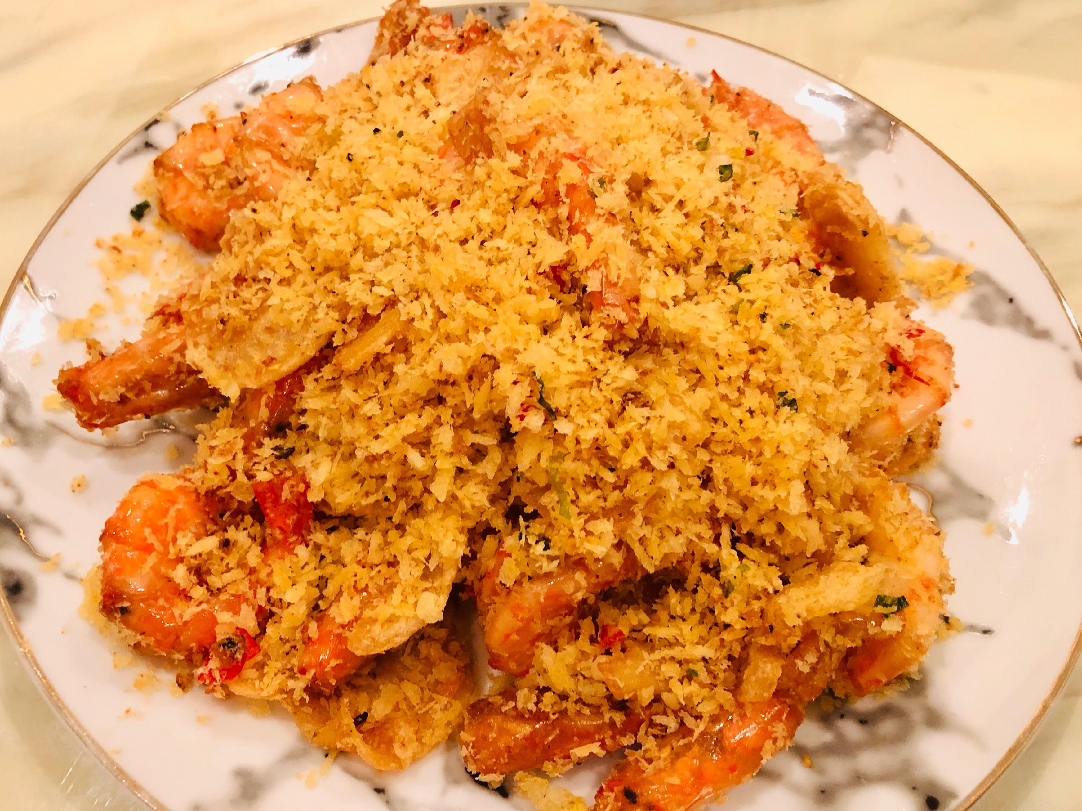 老饭骨的避風塘炒蝦