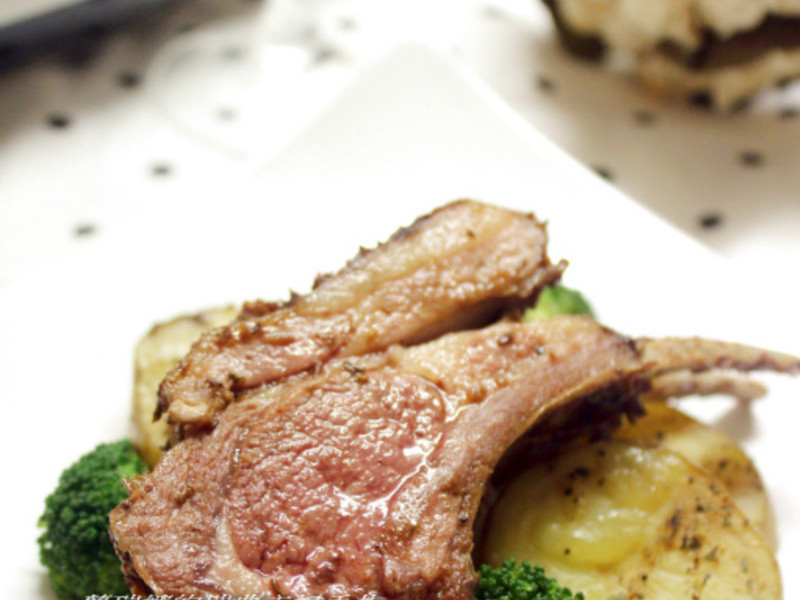 西餐中吃~新疆風味孜然烤羊排