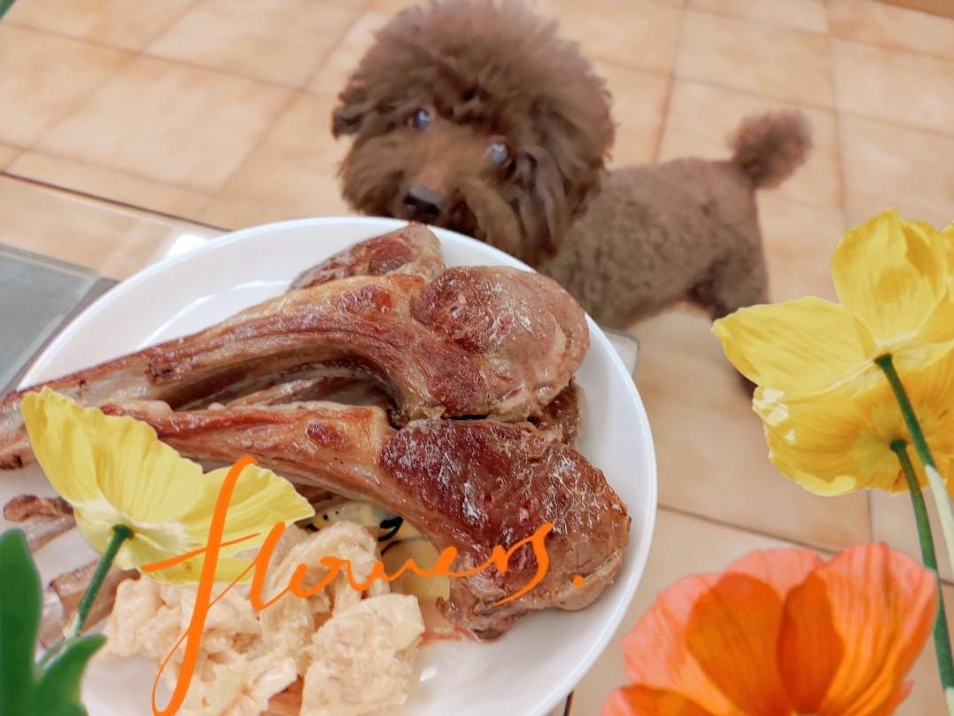 【週末防疫料理】法式小羊排🥩佐台式泡菜