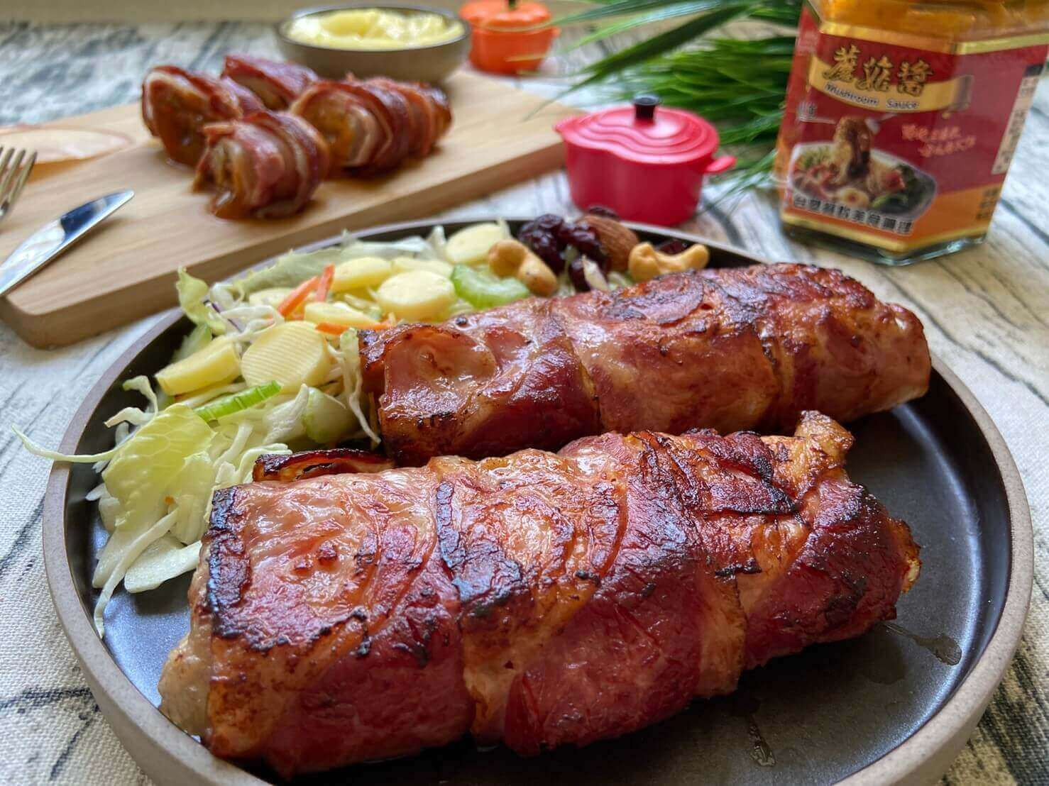 『晚餐食譜』-乾煎培根豬里肌+蘑菇醬
