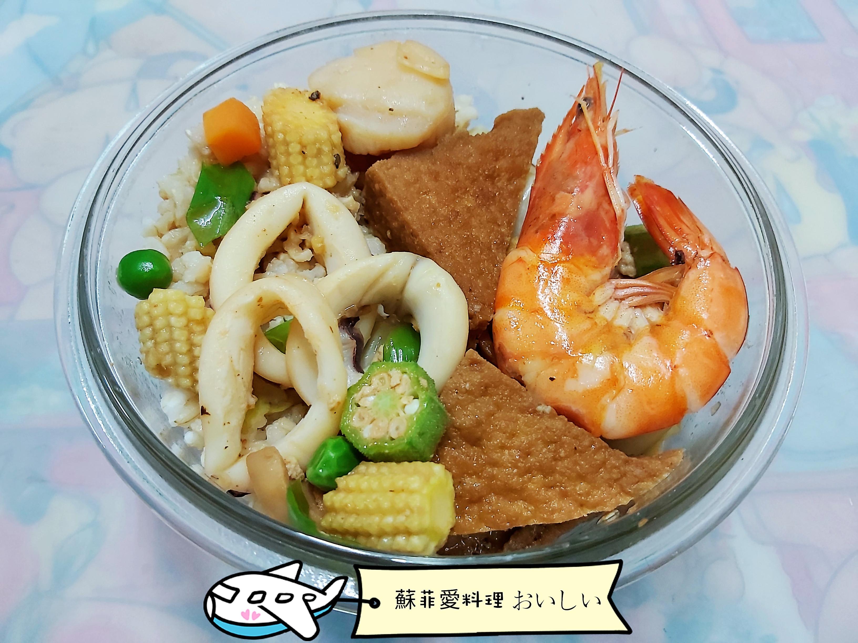 海鮮油豆腐蓋飯