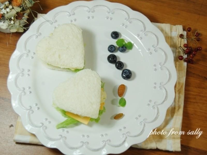 【Take a bread!創意三明治、麵包早餐】愛心馬鈴薯三明治