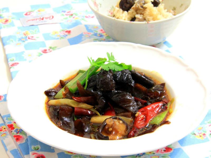 [年菜料理 輕鬆做] 蔥油燒烏參