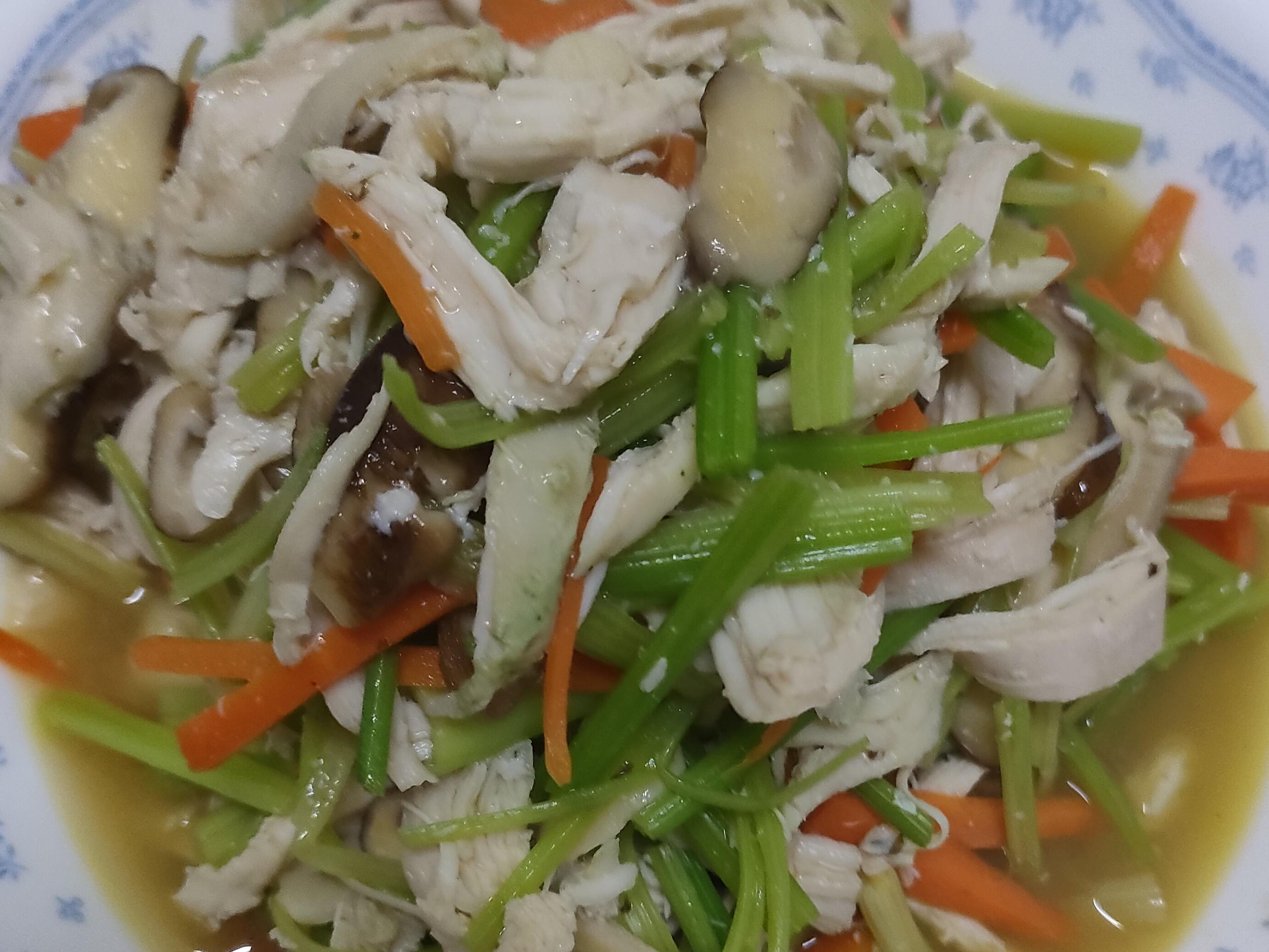 芹菜炒雞絲